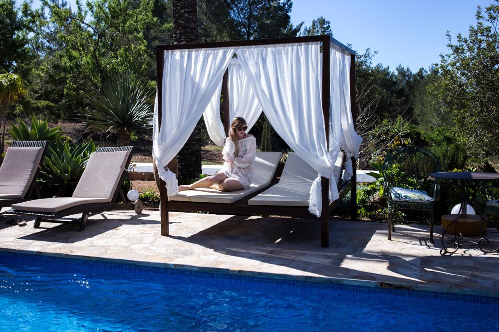 Ibiza Villa Typico San Miguel Traumvilla OneVillasIbiza Pool Travelblogger BrinisFashionBook 2