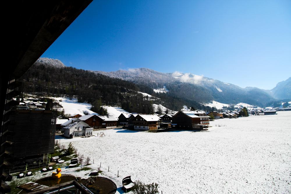 Kuschelhotel Gams Bezau Österreich Schneelandschaft Berge Aussicht Kuschelsuite Romantik hotel Wellnesshotel