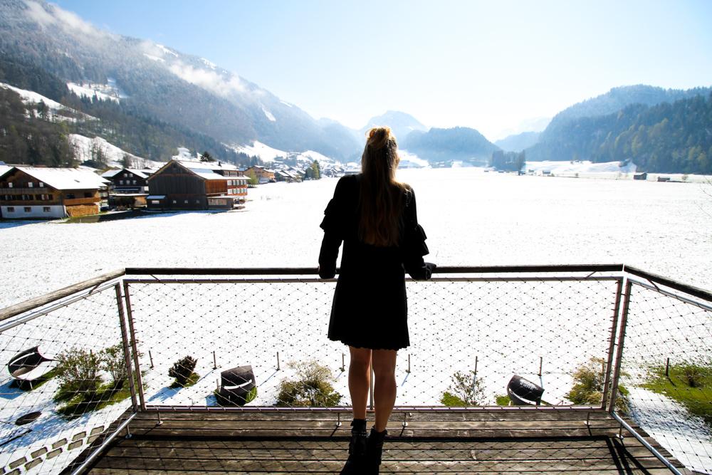 Kuschelhotel Gams Bezau Österreich Schneelandschaft Berge Aussicht Kuschelsuite Romantik hotel Wellnesshotel Reiseblogger BrinisFashionBook