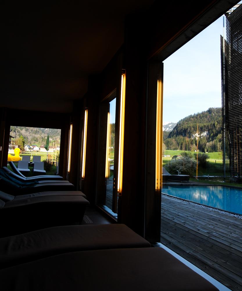 Kuschelhotel Gams Bezau Österreich Wellnessbereich Ruheraum Pool Romantikhotel Wellnesshotel Reiseblogger