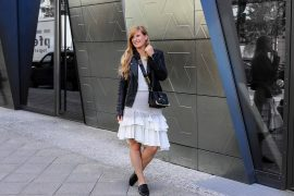 Fashion Week Outfit Berlin Asymmetrischer Jeansrock Streifen Zara Crop Top Mules Lederjacke Streetstyle Modeblog