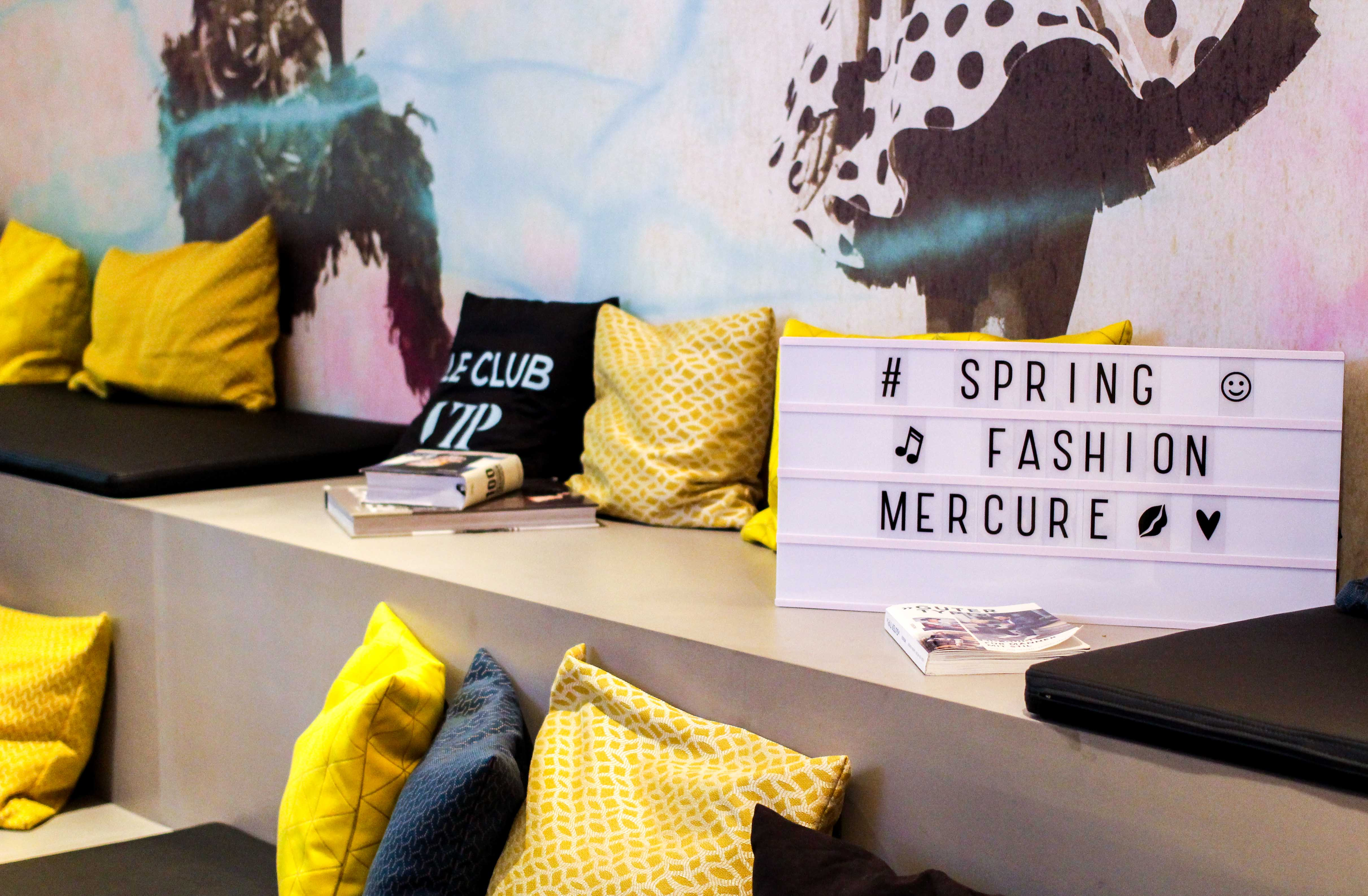 Hotel Fashion Week Mercure Hotel Berlin Wittenbergplatz Berlins Trend-Hotel Modeblogger Sitzecke Spring Fashion Mercure