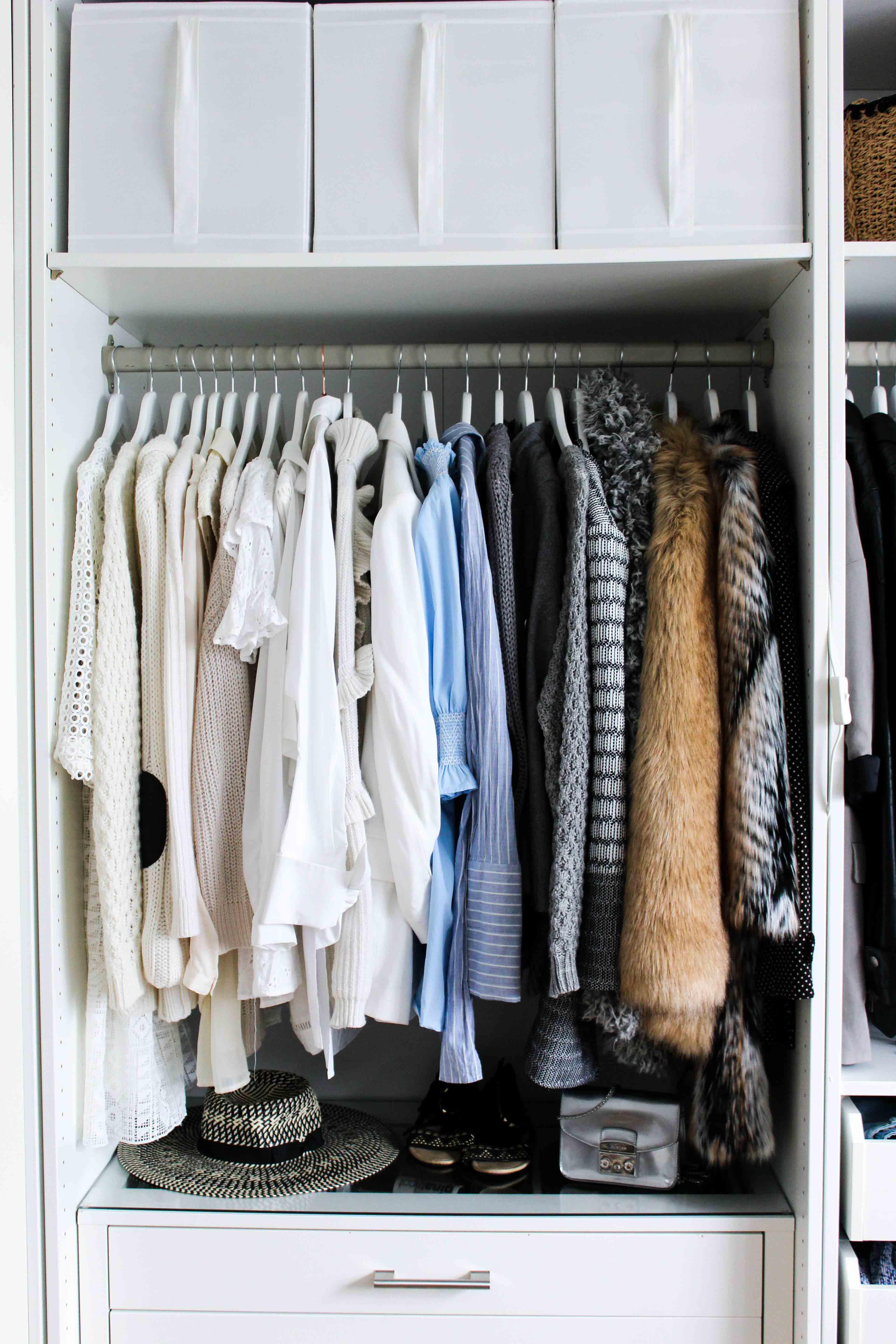 Mein Ankleidezimmer PAX Schrank Ikea #zeigdeinenPAX Ankleideschrank Blogger Kleiderschrank offen 8