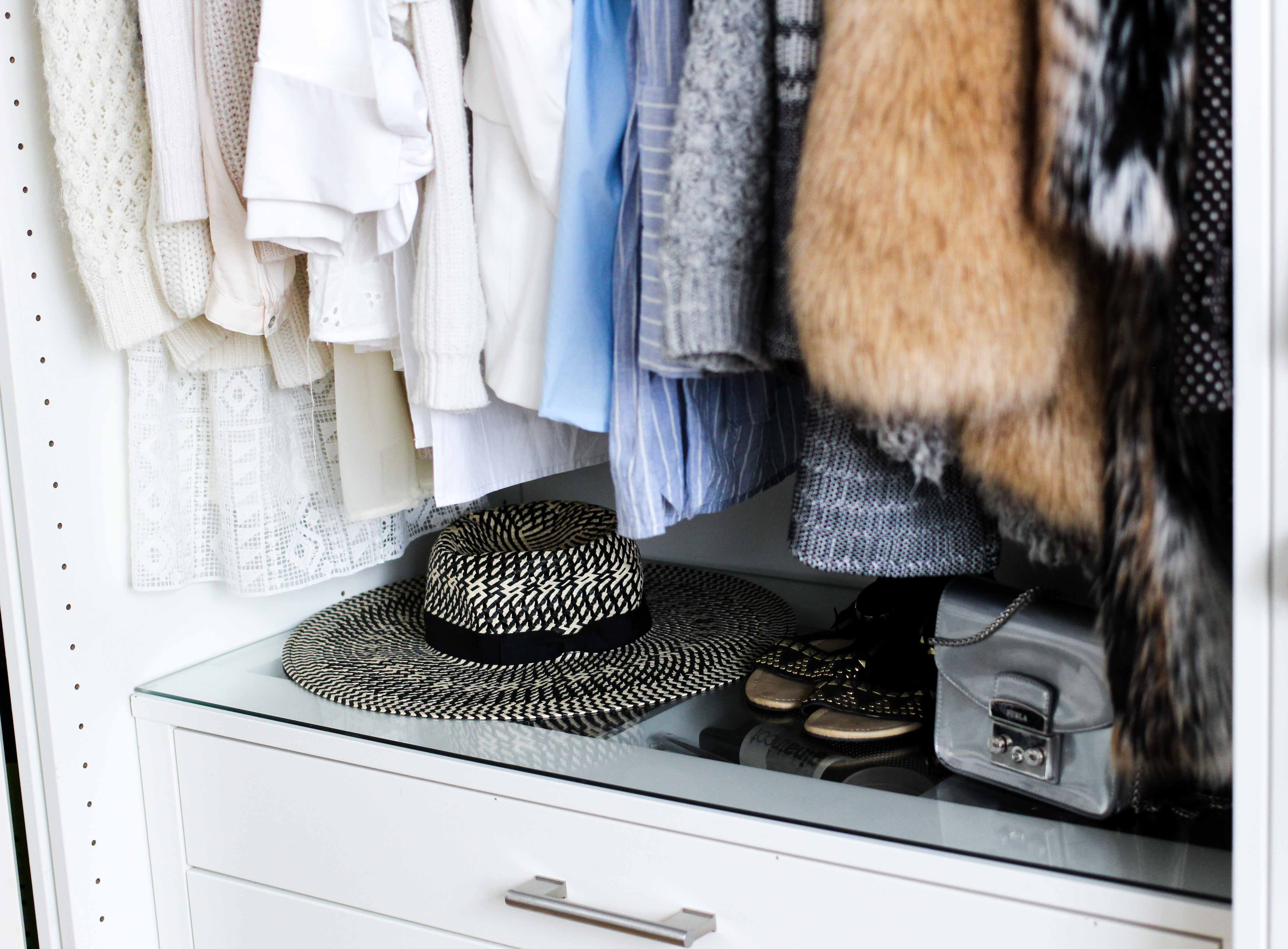 Mein Ankleidezimmer PAX Schrank Ikea #zeigdeinenPAX Ankleideschrank Komode Blogger