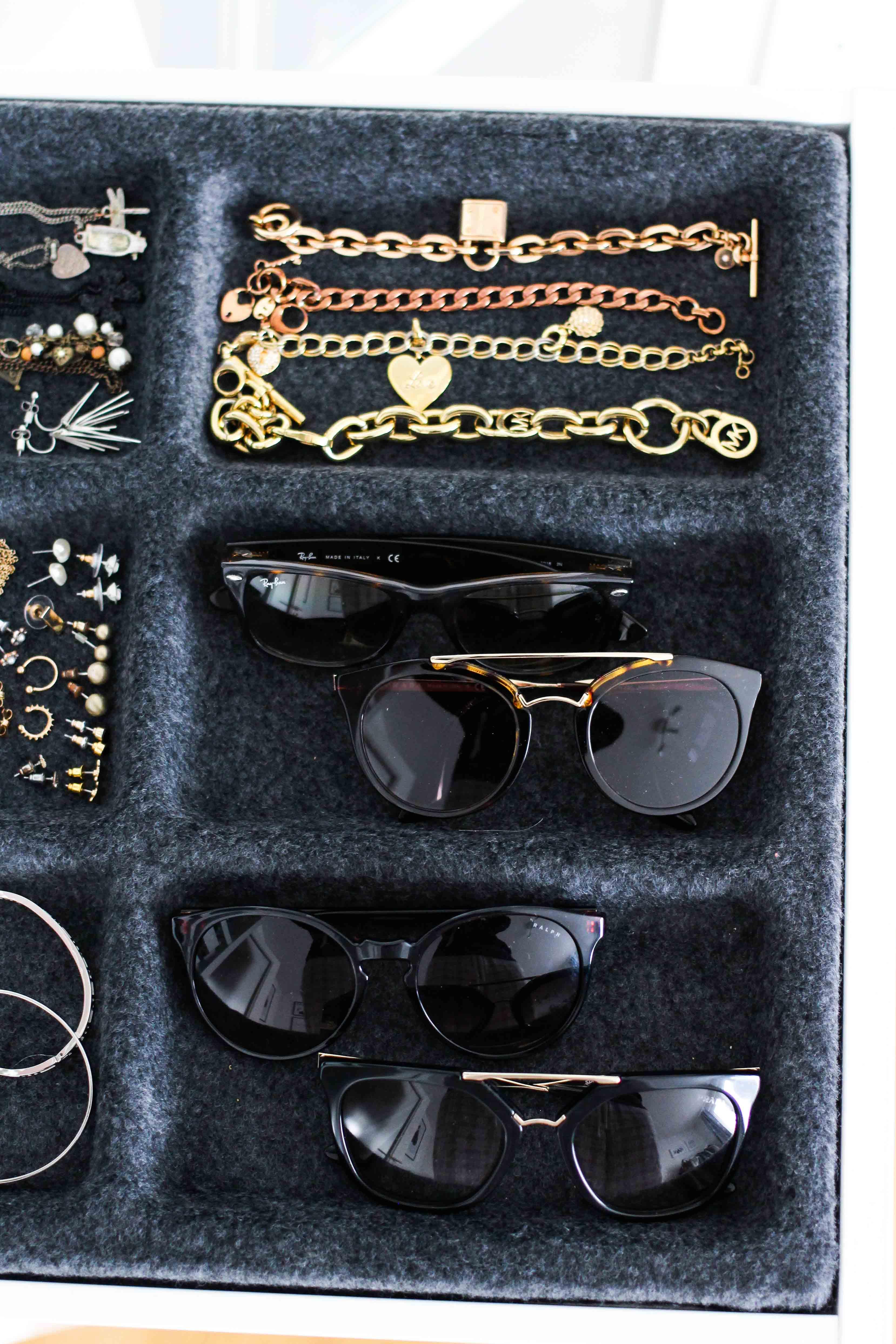 Mein Ankleidezimmer PAX Schrank Ikea #zeigdeinenPAX KOPMLEMENT Ausziehboden Sonnenbrille Blogger