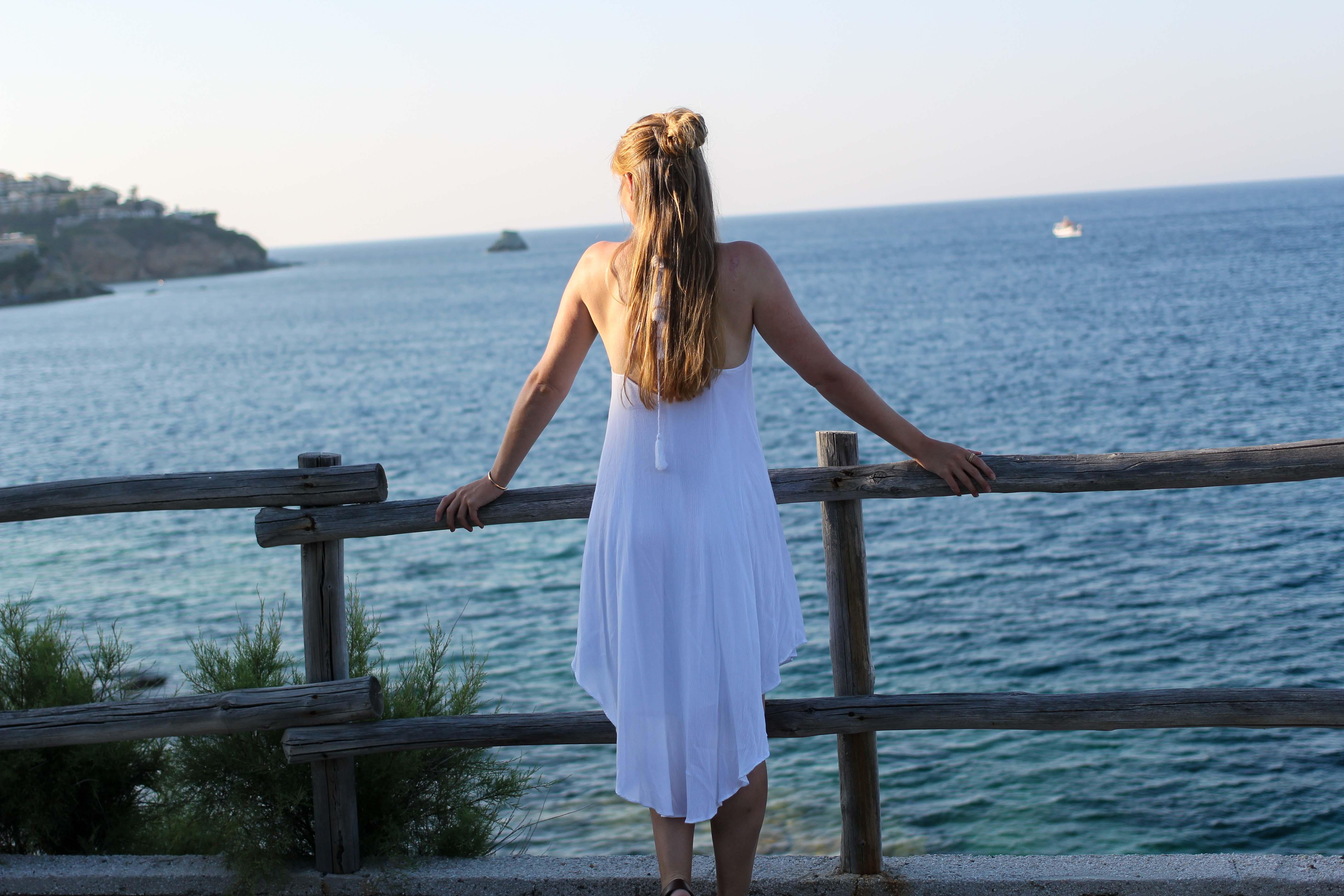 Modeblog Deuschland Fashion Blog Griechenland Kreta Sommeroutfit Blogger life weißes Kleid 7