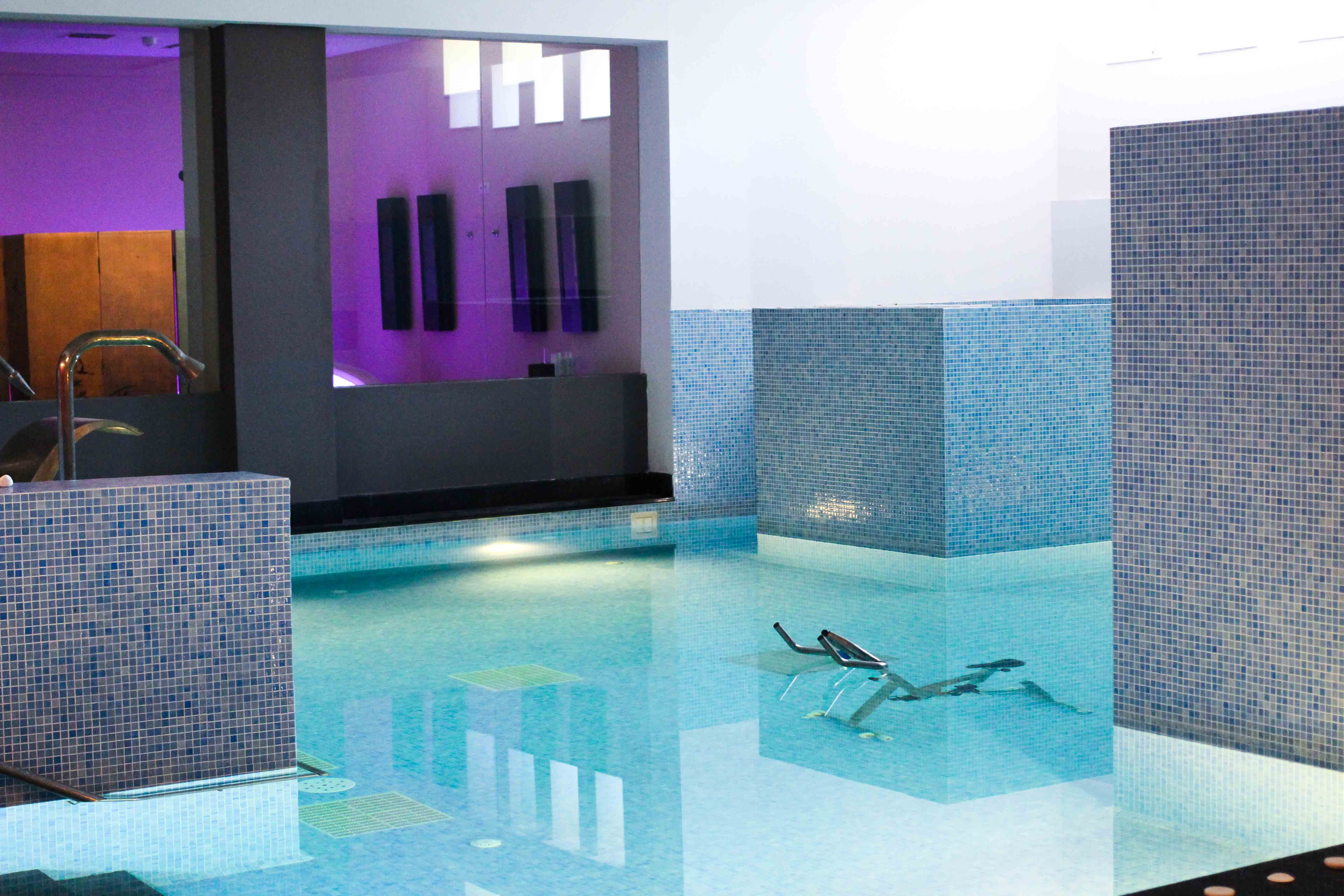 Spa Bereich Wellness Schwimmbad Out of the Blue Capsis Elite Resort Luxushotel Kreta Griechenland 1