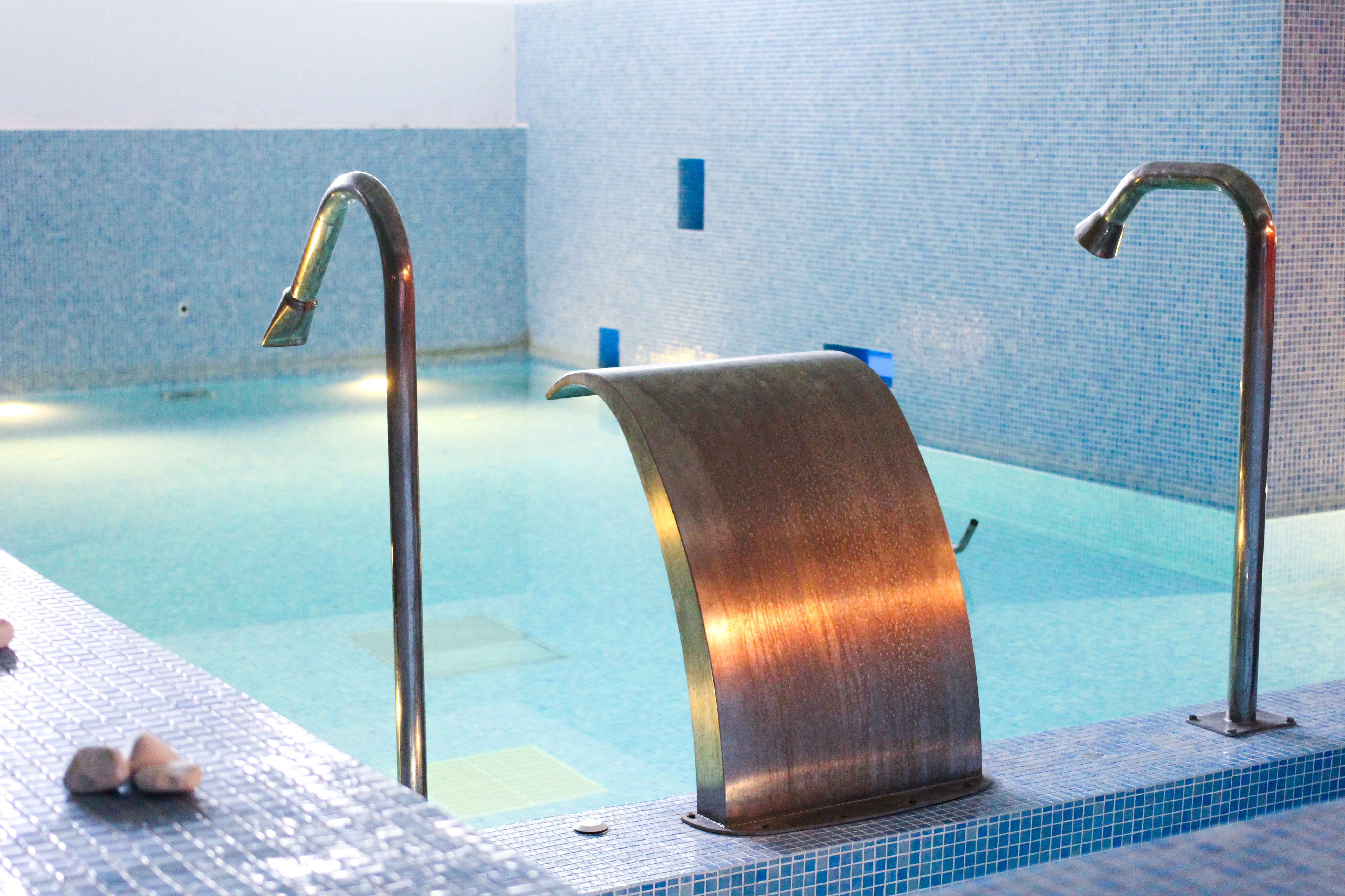 Spa Bereich Wellness Schwimmbad Out of the Blue Capsis Elite Resort Luxushotel Kreta Griechenland