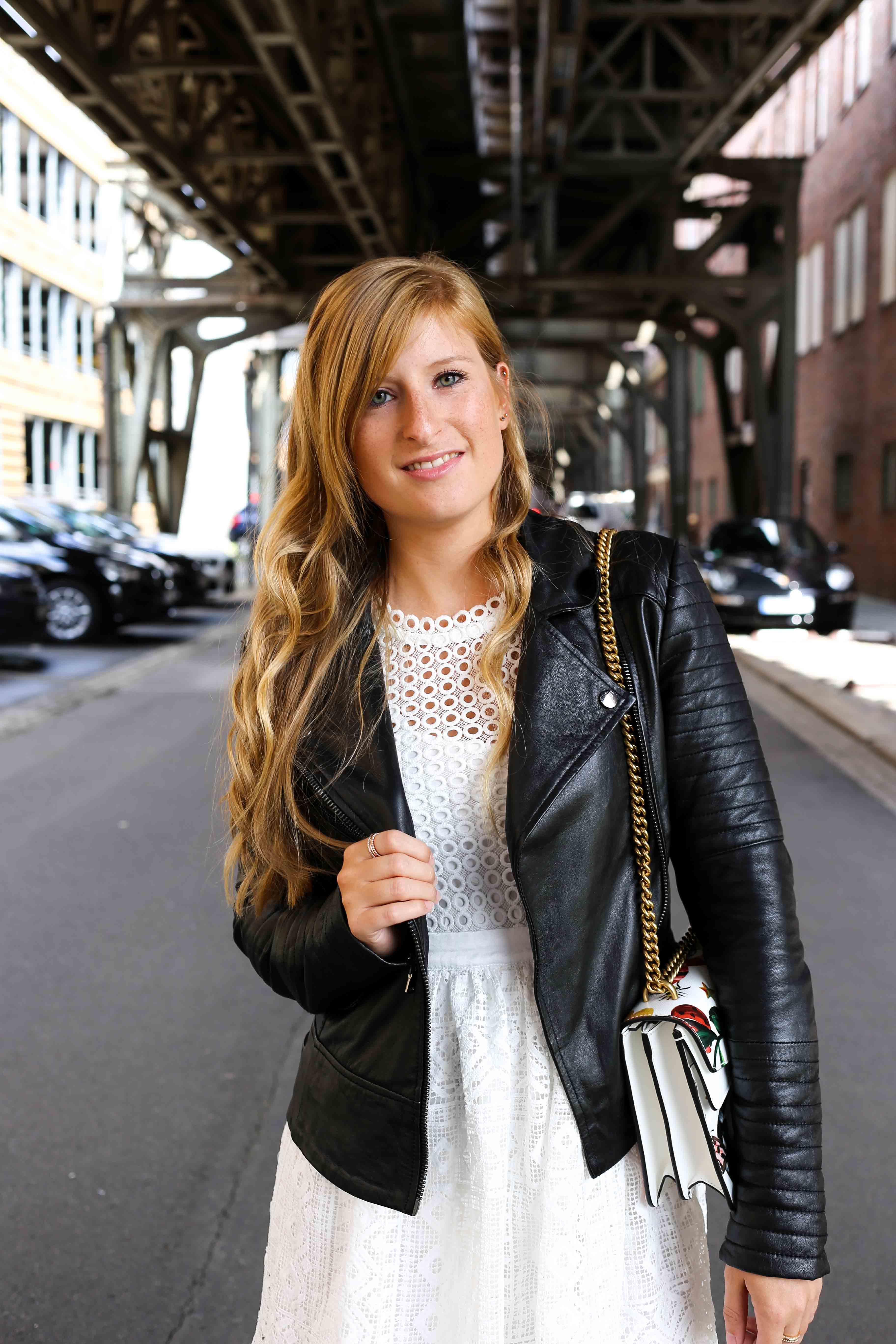 Fashion Week Outfit streetstyle kombinieren Lederjacke Modeblog Deutschland Fashion Blogger OOTD 7
