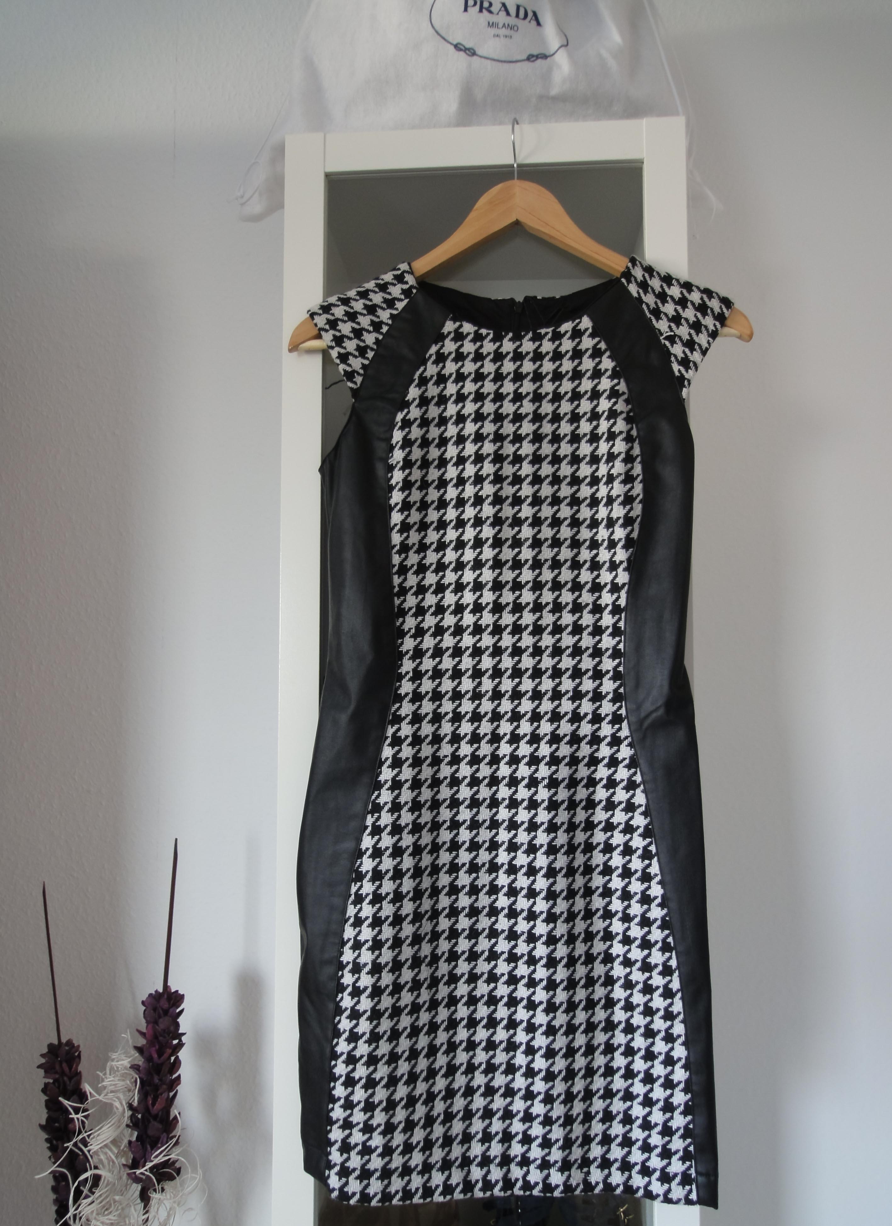 Kleid Karo Muster Shopping Haul Primark New Yorker Shopping Ausbeute Köln Modeblog New in