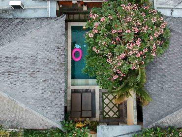 The-Sanyas-Suite-Seminyak-Bali-private-Pool-Villa-Bali-Reiseblog-Poolvilla-Drone