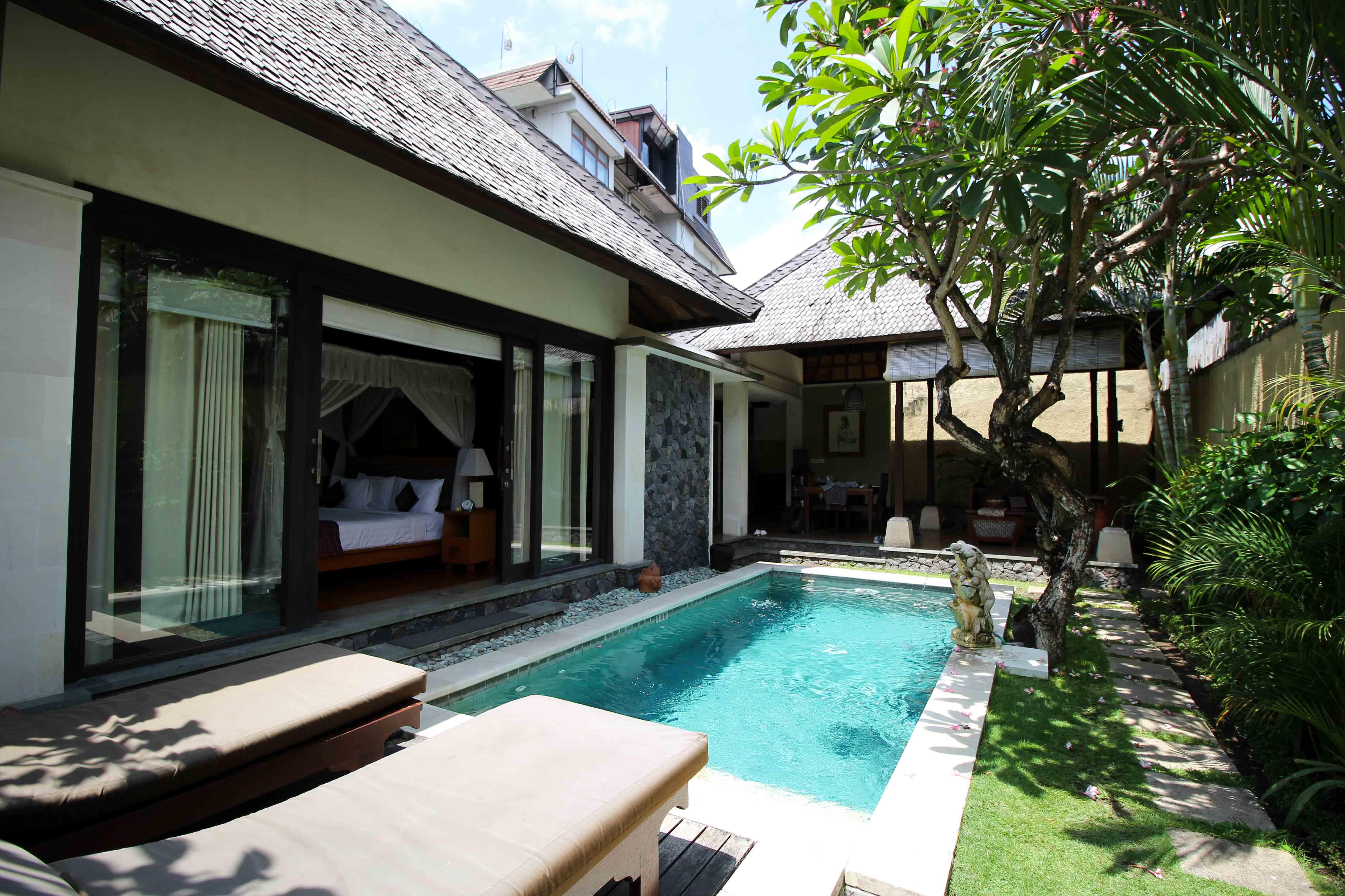 The Sanyas Suite Seminyak Bali private Pool Villa Bali Reiseblog Poolvilla