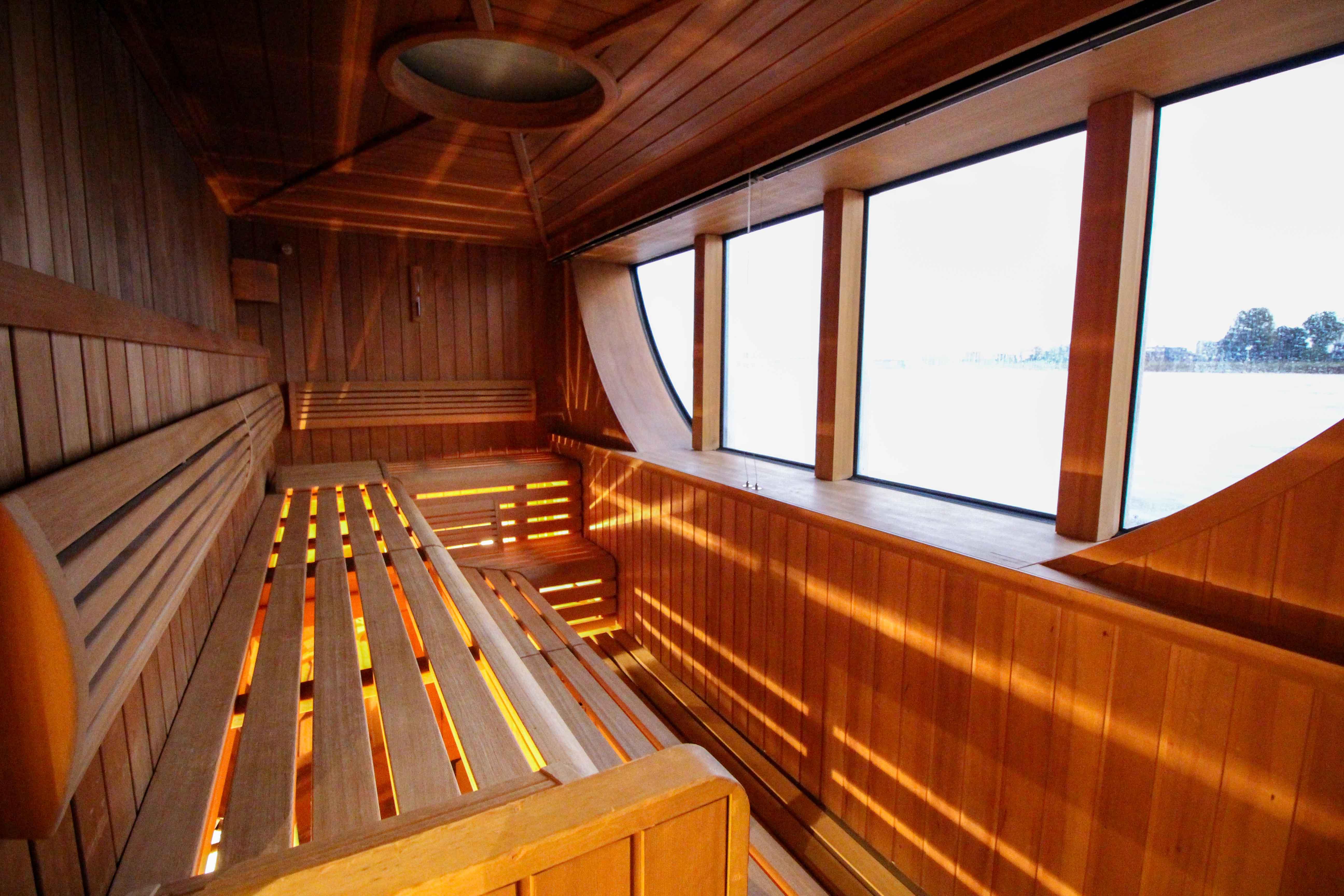 Flusskreuzfahrt A-ROSA SILVA Kreuzfahrtschiff Rhein Erlebnis Kurs Amsterdam Wellnessbereich Sauna Erfahrung Flusskreuzfahrt Reiseblog.jpg