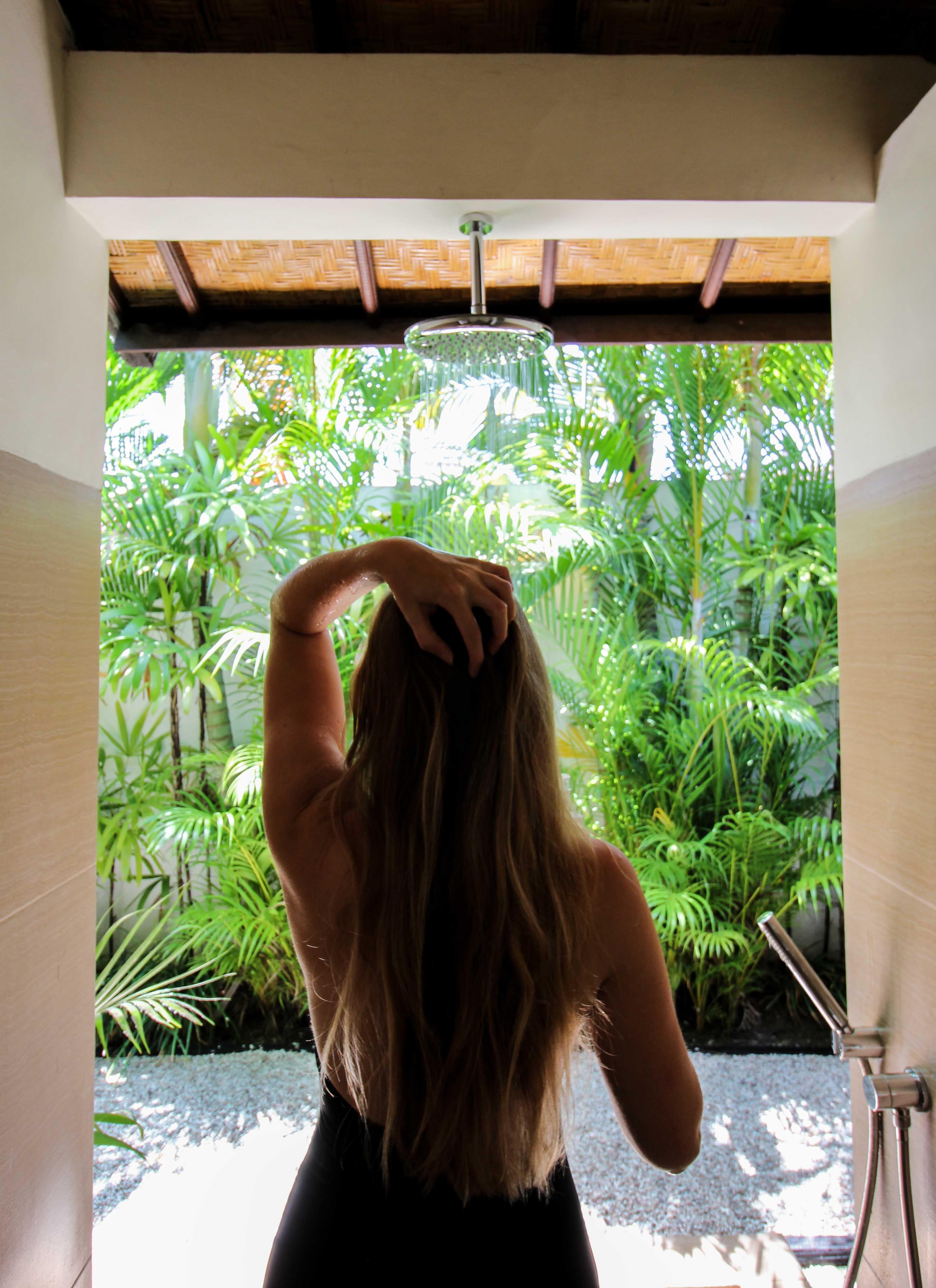 Haarpflege Halier Fortesse Shampoo Conditioner Test gesundes kräftiges Haar Beauty Blog Bali Dusche Villa