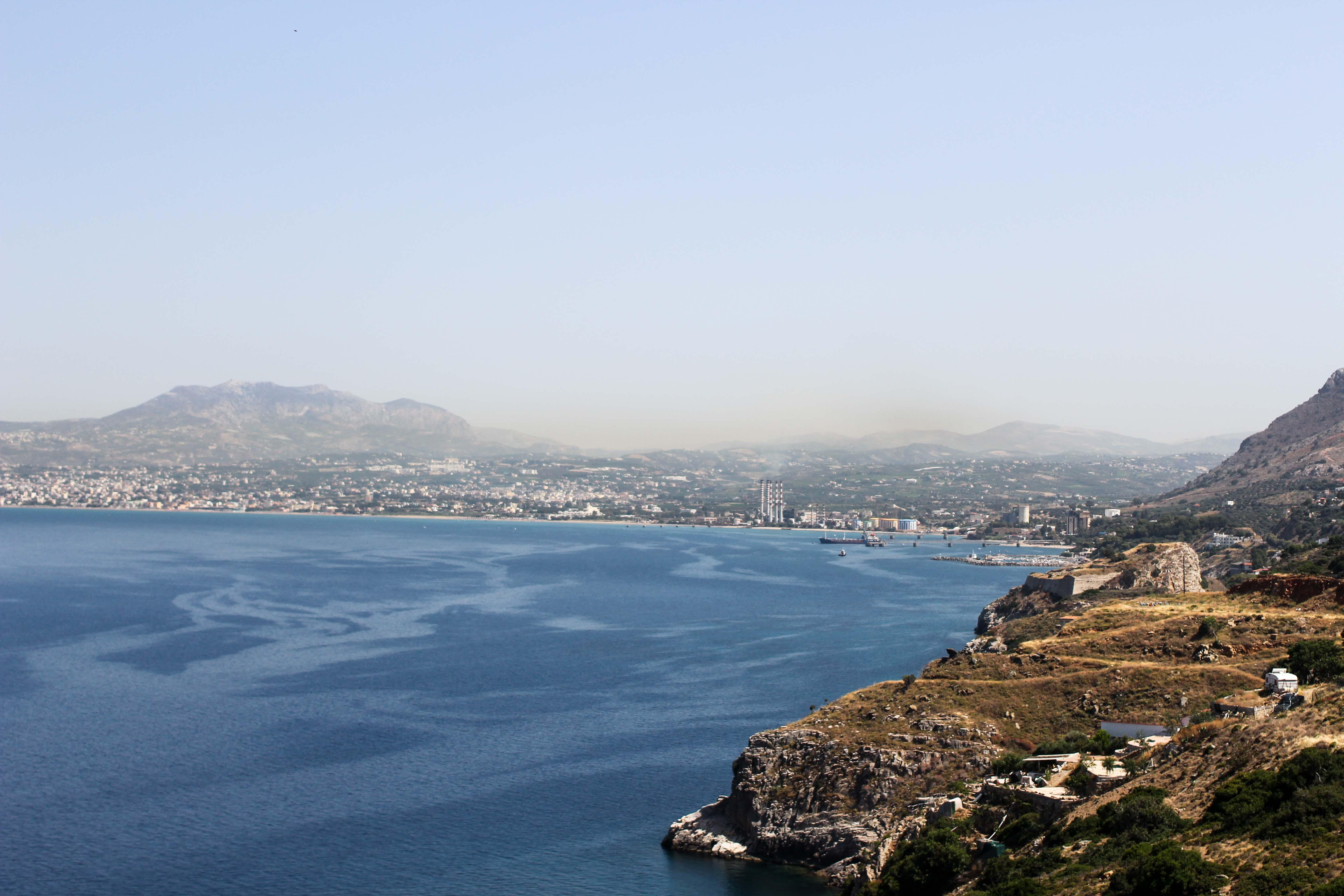 Top Kreta Sightseeing Kreta Sehenswürdigkeiten für einen Tagesausflug Meer Klippe Ausflug Mietwagen Insel