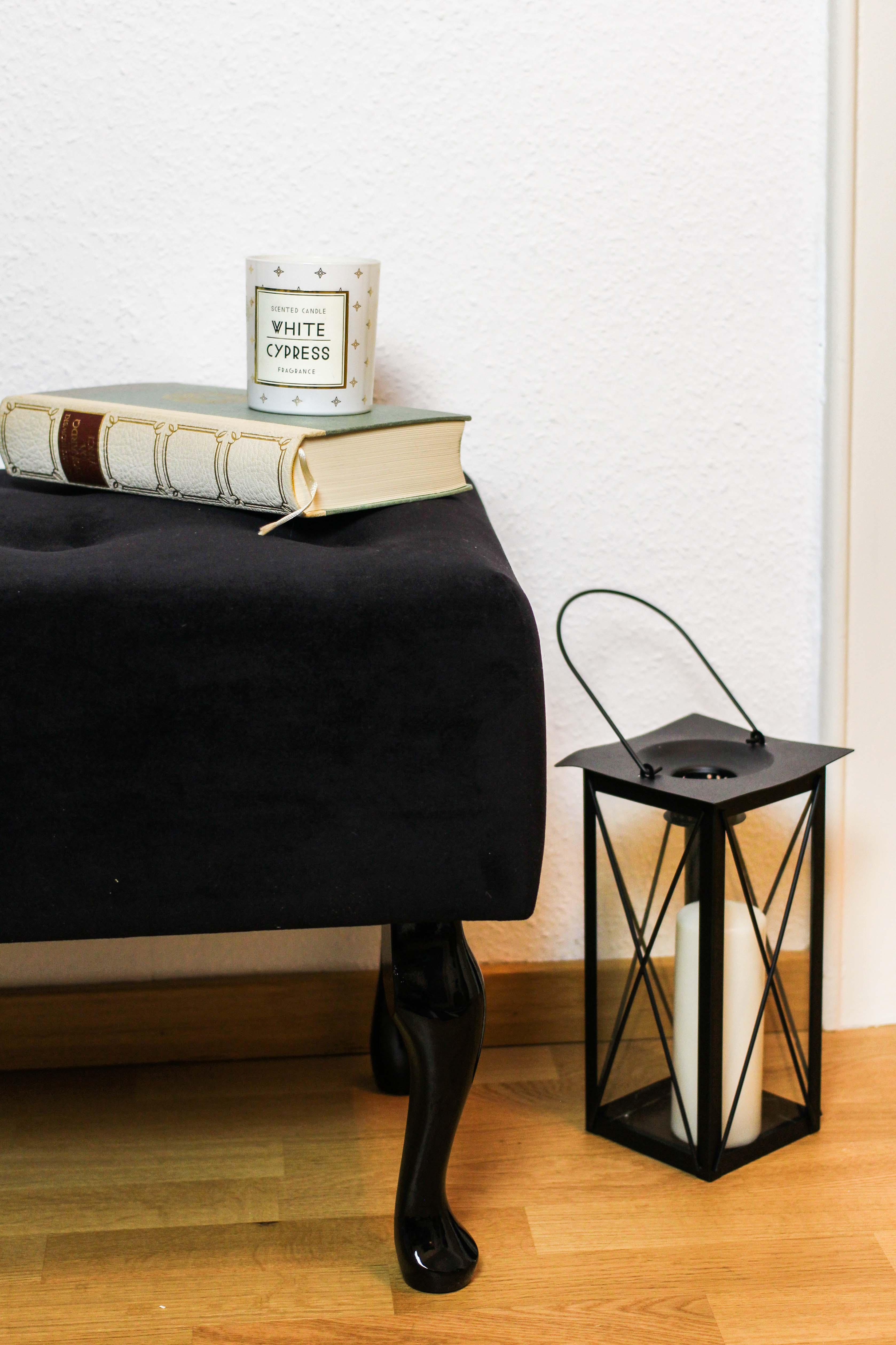 Blogger Adventskalender Gewinnspiel gepolsterte Flurbank Baroque von Wayfair schwarz Interior Einrichtung Flur Bank sitzen Blogger 1