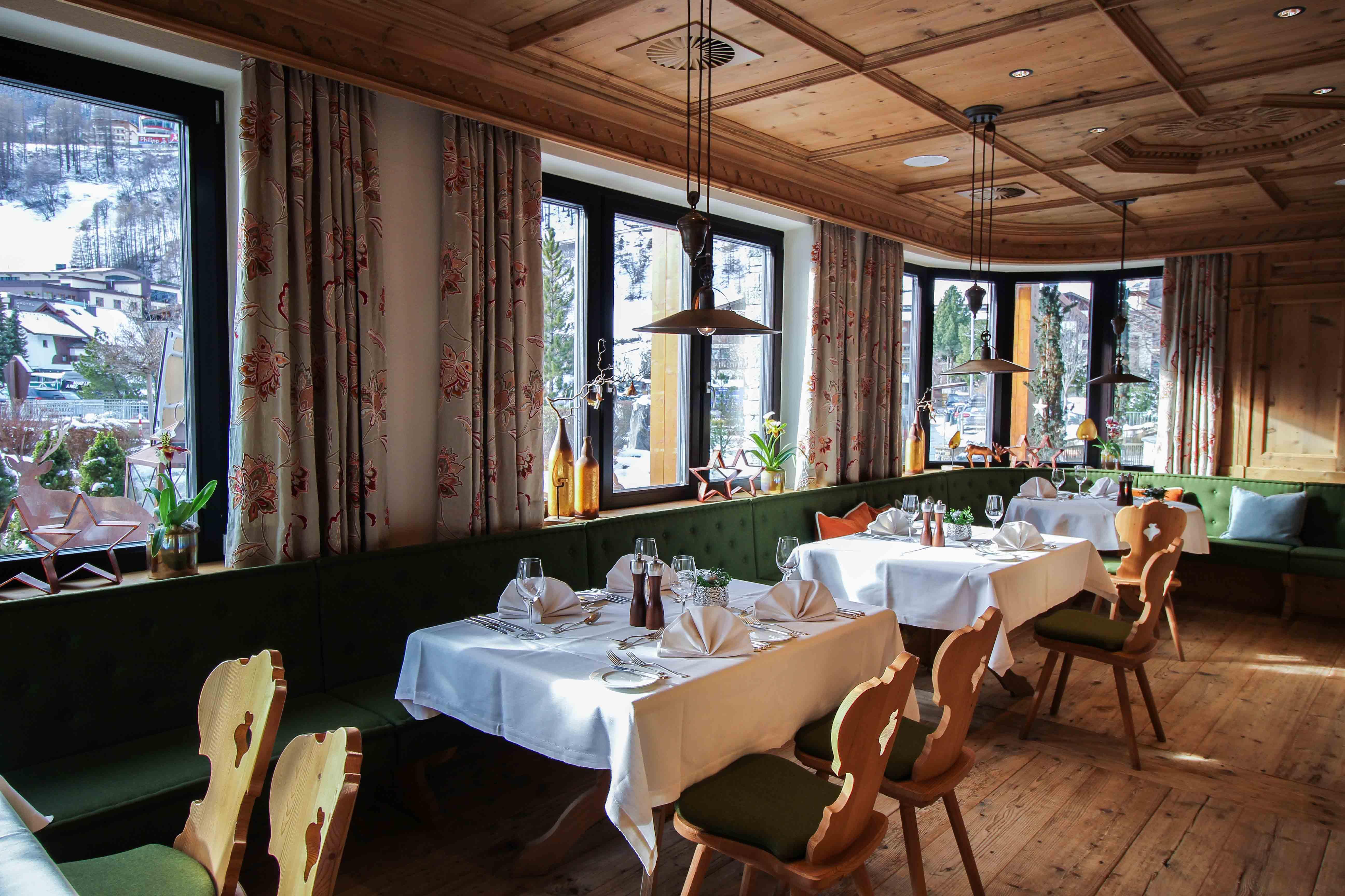 Gourmethotel Sölden modernes Restaurant Feinspitz Das Central Sölden Luxushotel Sölden Tirol Österreich Winterurlaub Reiseblog
