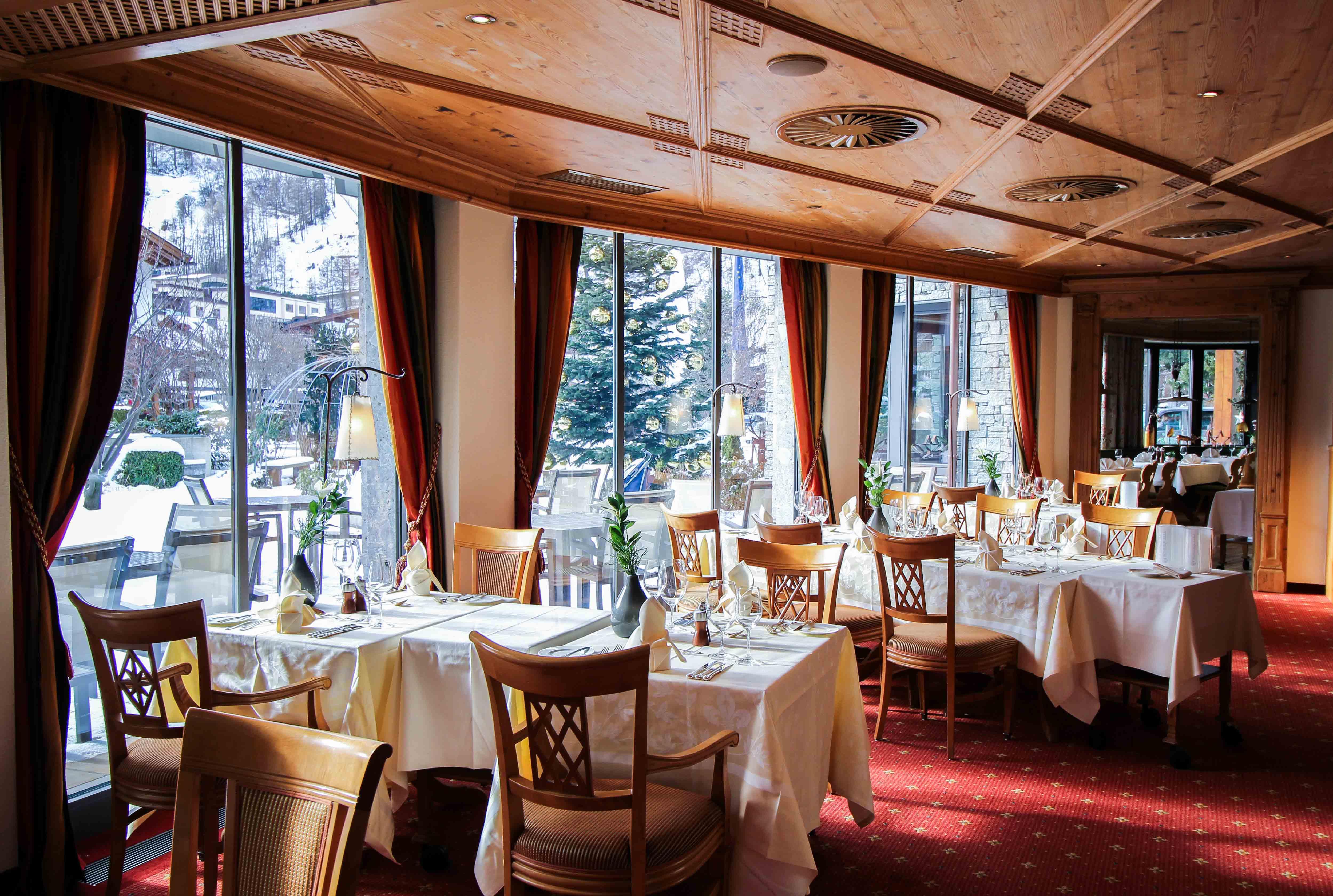 Gourmethotel Sölden modernes Restaurant Feinspitz traditionell Das Central Sölden Luxushotel Sölden Tirol Österreich Winterurlaub Reiseblog