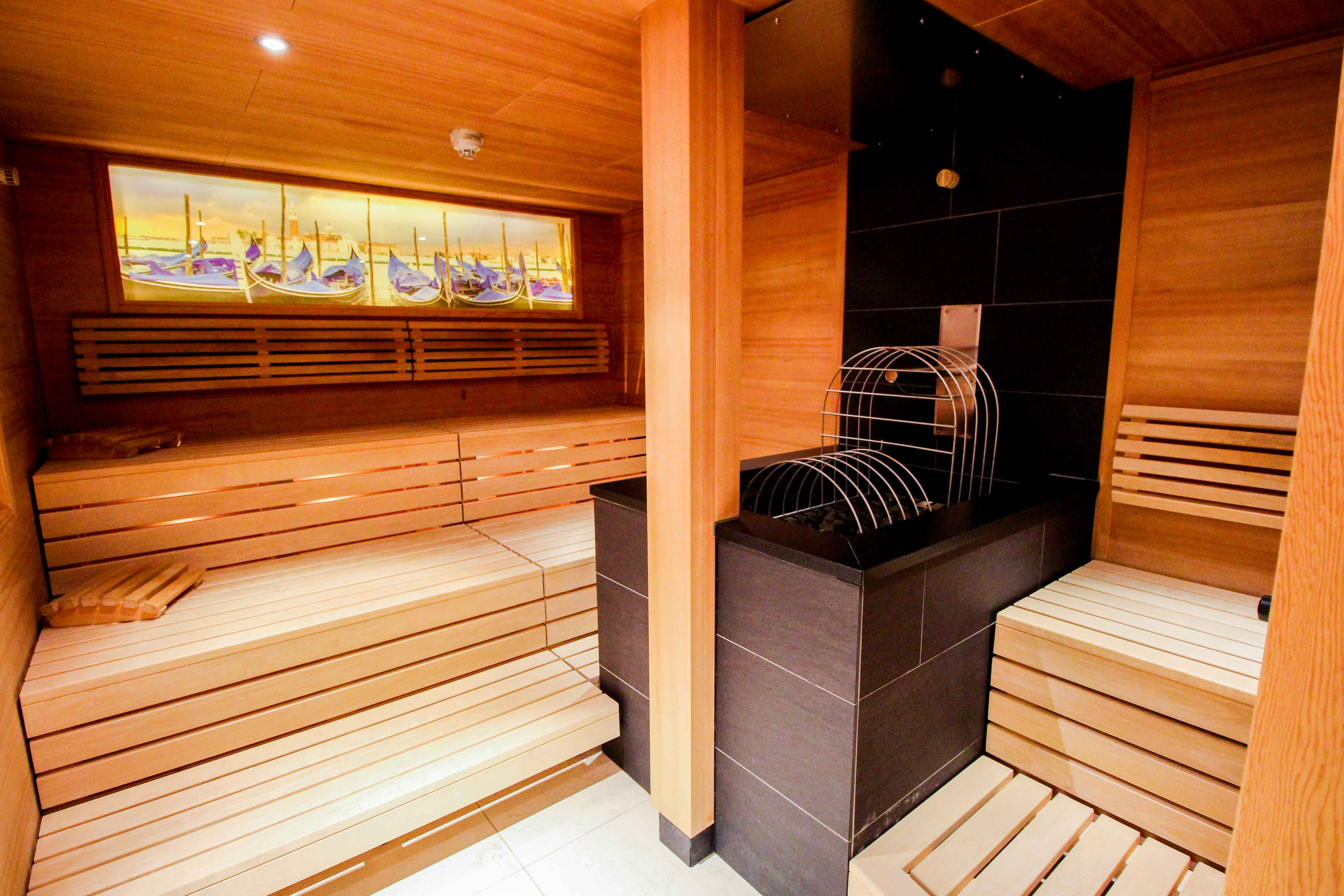 Wellnesshotel Das Central Sölden Wellnessbereich Bio Sauna Kräutersauna Wasserwelt Venezia Sölden Tirol Österreich Reiseblog