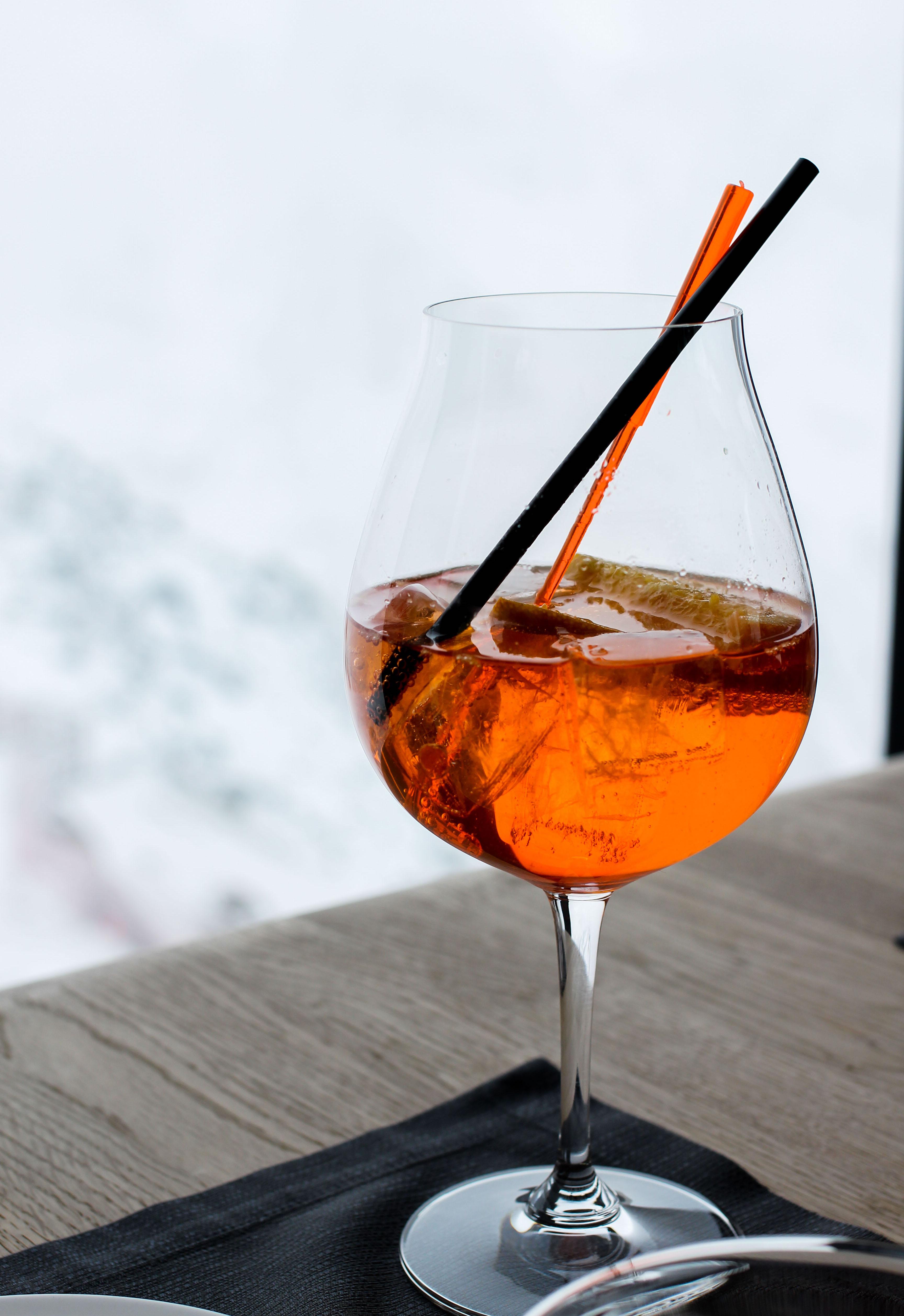 Gourmet-Restaurant Gipfelaussicht Berge Schnee Aperol Spritz iceQ Sölden Tirol Österreich James Bond Location Spectre 3000m Gaislachkogl Reiseblog
