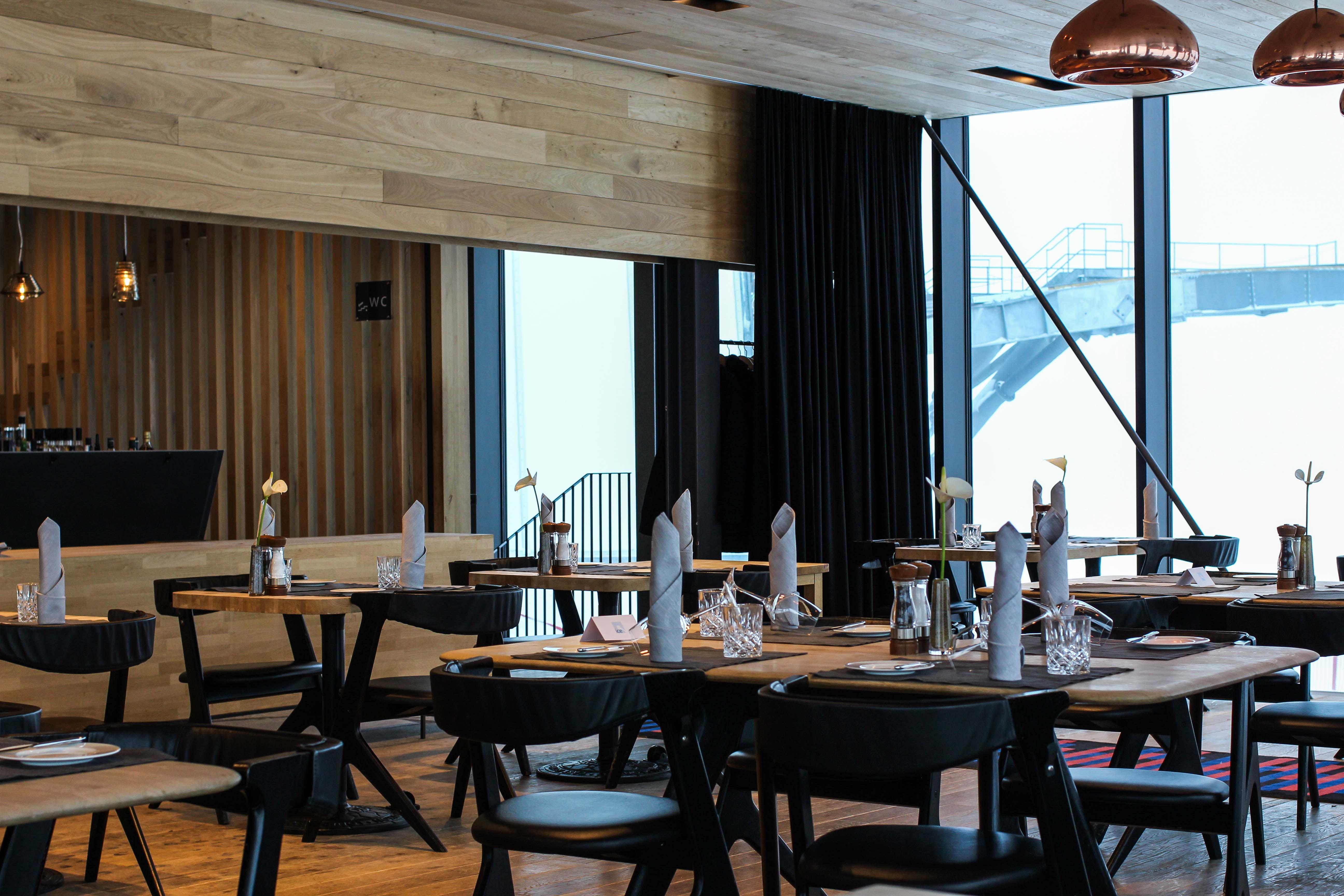 Gourmet-Restaurant innen iceQ Sölden Tirol Österreich James Bond Location Spectre 3000m Gaislachkogl Reiseblog