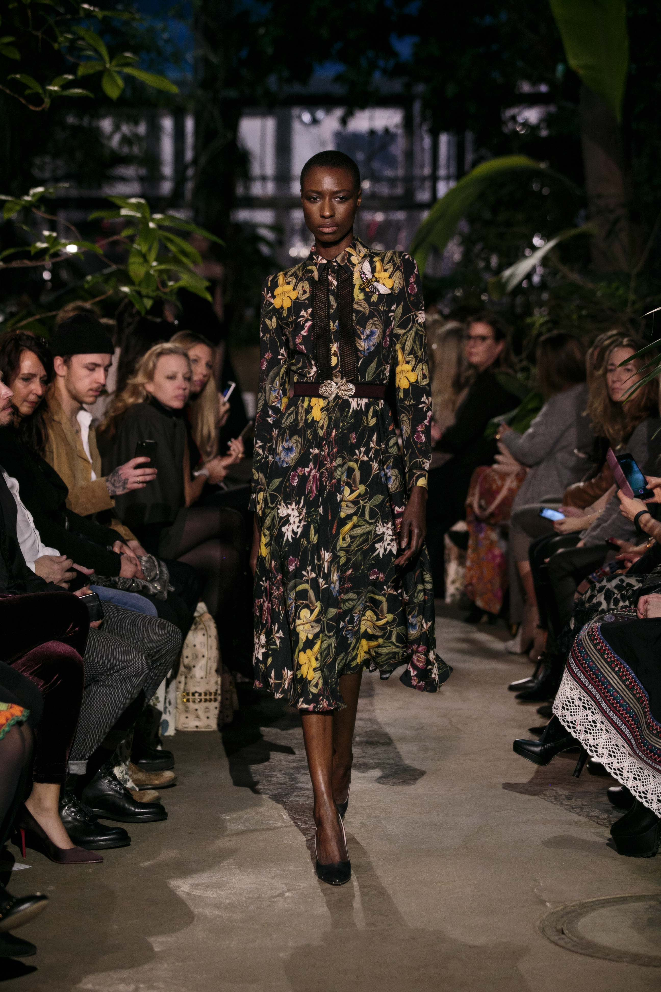 Herbst winter Trends 2018 Floral Prints Modeblog Lena Hoschek RUNWAY AUTUMN WINTER 2018 2019 WINTERGARDEN 2