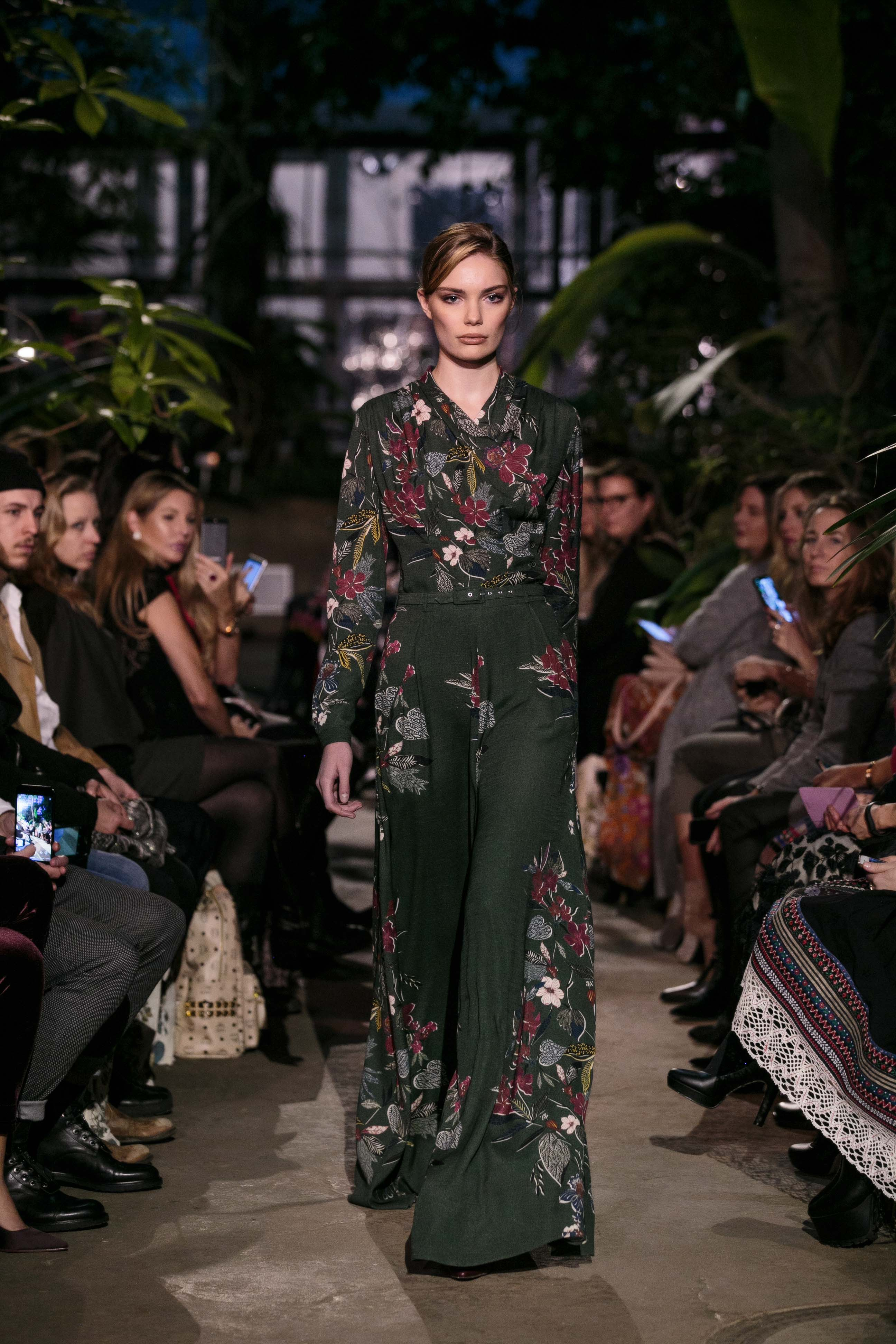 Herbst winter Trends 2018 Floral Prints Modeblog Lena Hoschek RUNWAY AUTUMN WINTER 2018 2019 WINTERGARDEN
