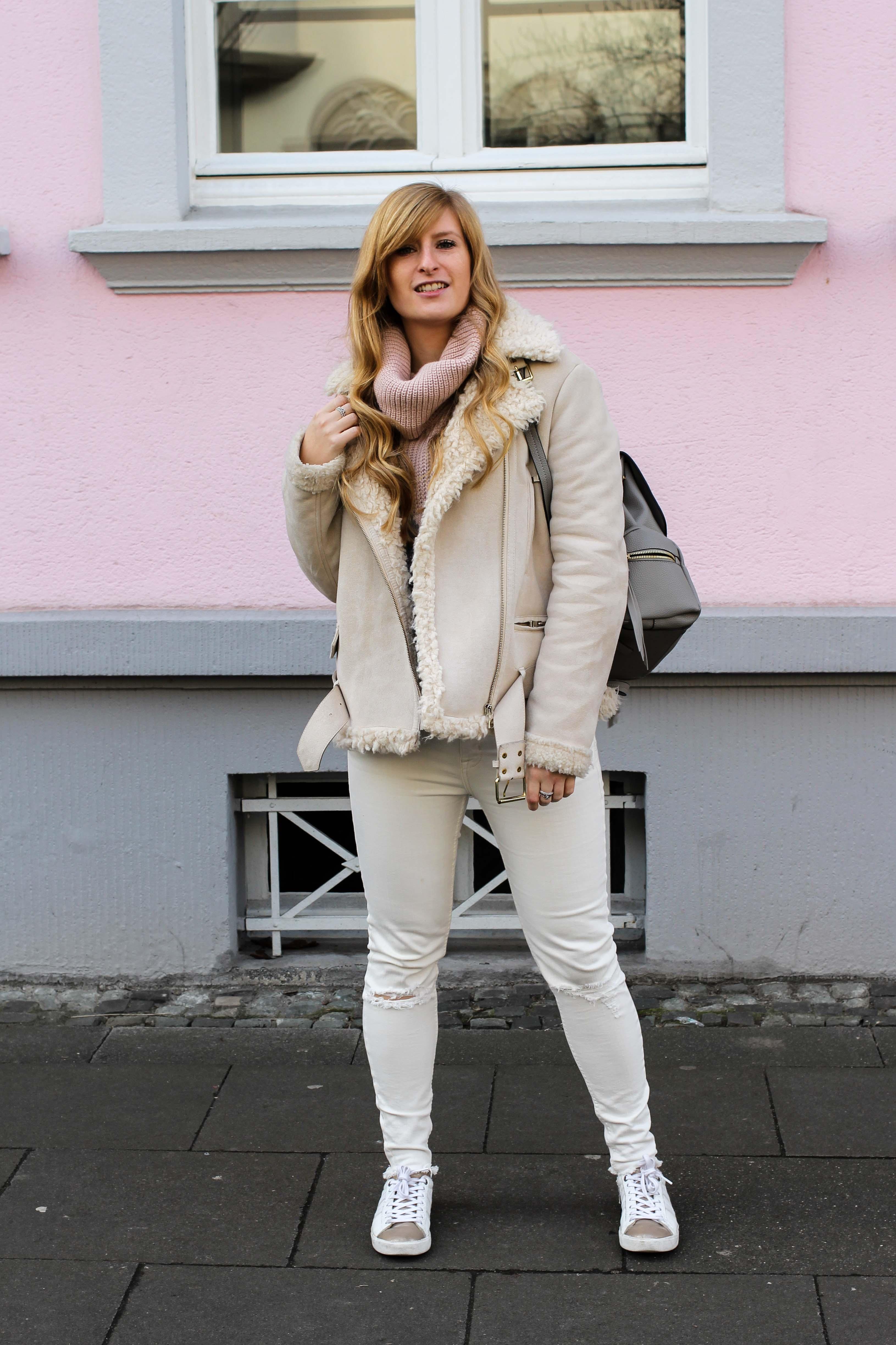 all white winter look helle farben auch im winter brinisfashionbook. Black Bedroom Furniture Sets. Home Design Ideas