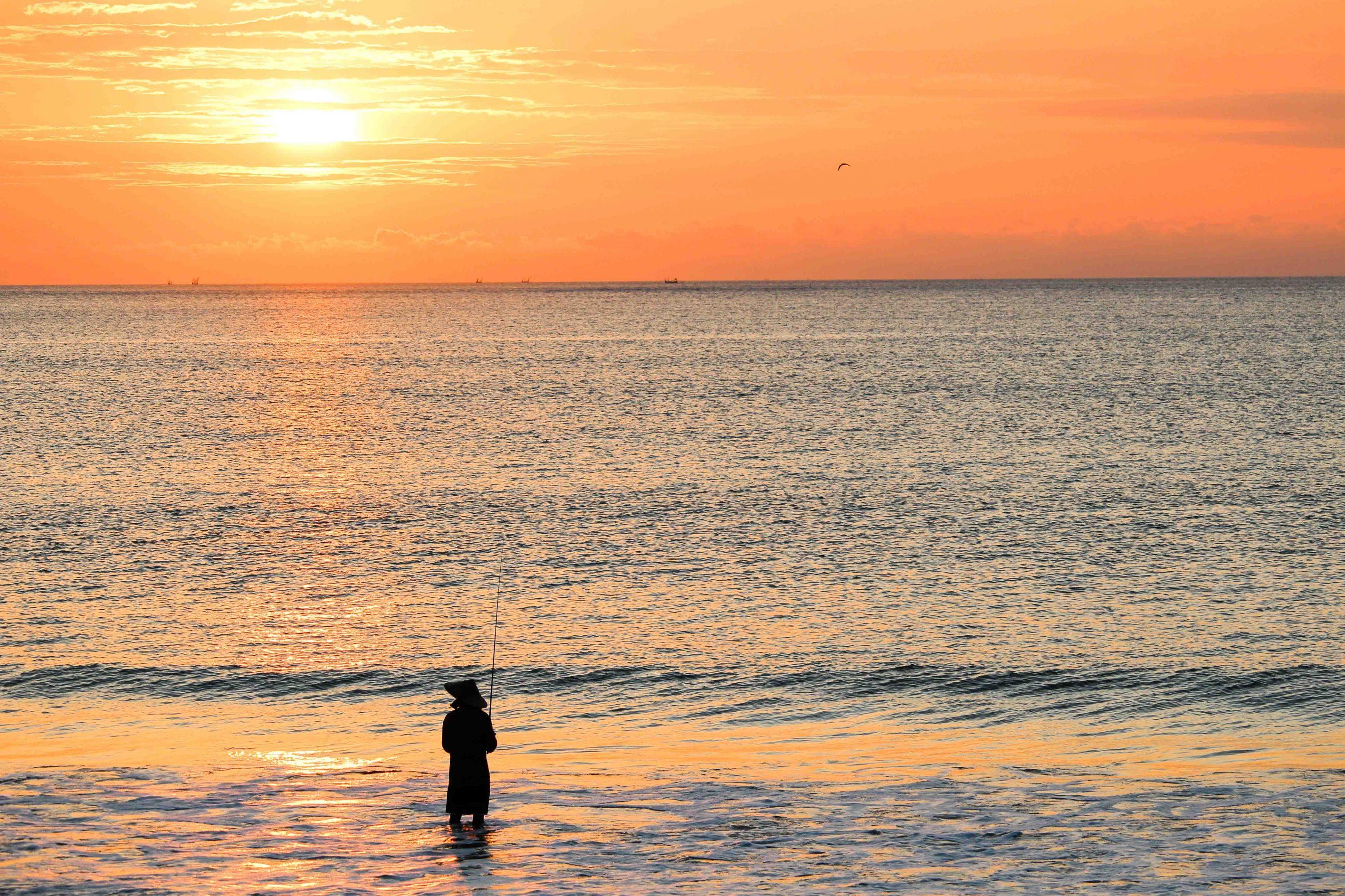 Reisepläne 2018 Travel Bucket List Ziele für 2018 Bali Indonesien Sonnenuntergang Angler sundown