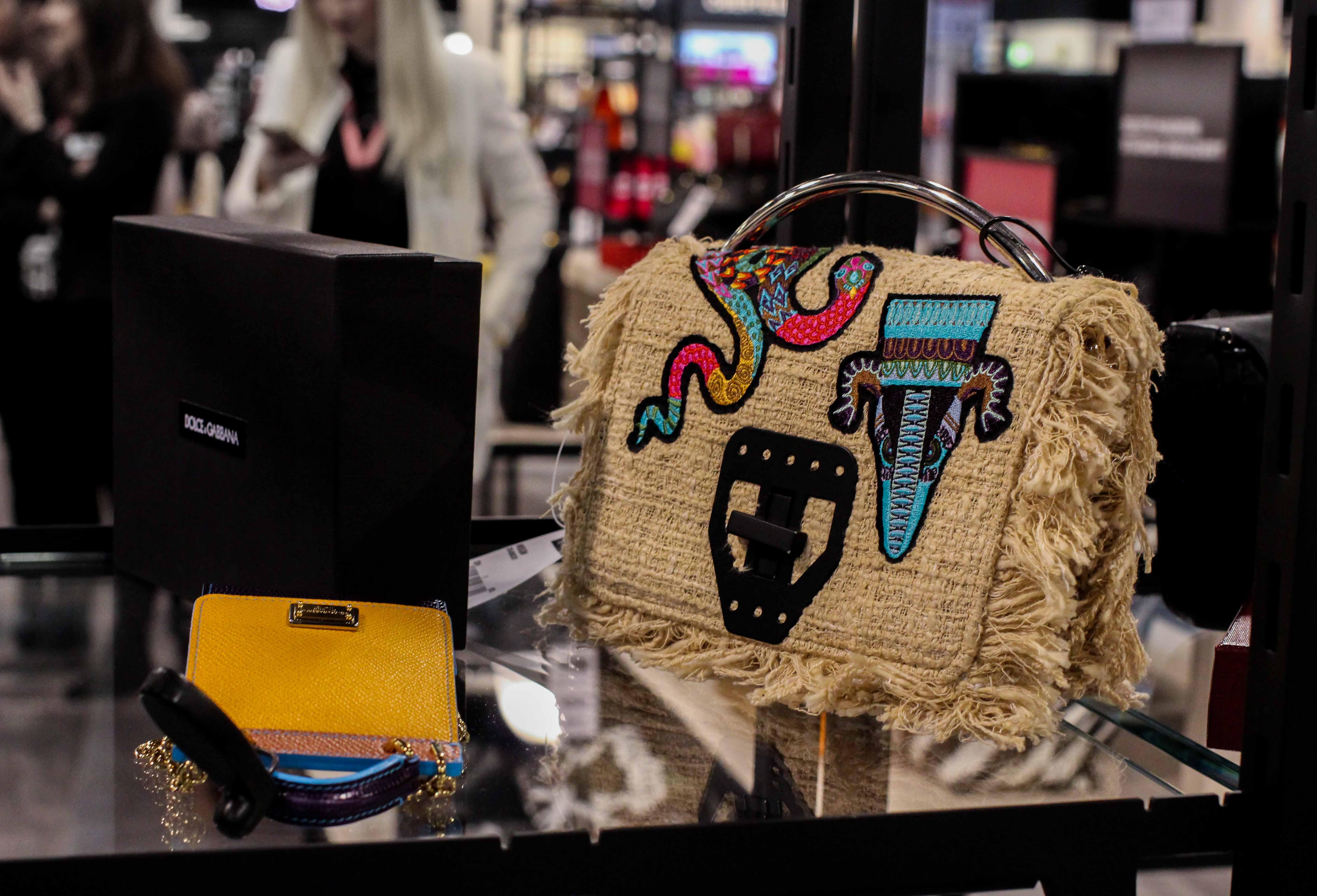 Designertaschen günstig Store Opening Saks OFF 5th Avenue Bonn Premium-Marken Outletpreis Designer Outlet Bonn Modeblog