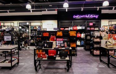 Moschino Taschen günstig Store Opening Saks OFF 5th Avenue Bonn Premium-Marken Outletpreis Designer Outlet Bonn Modeblog