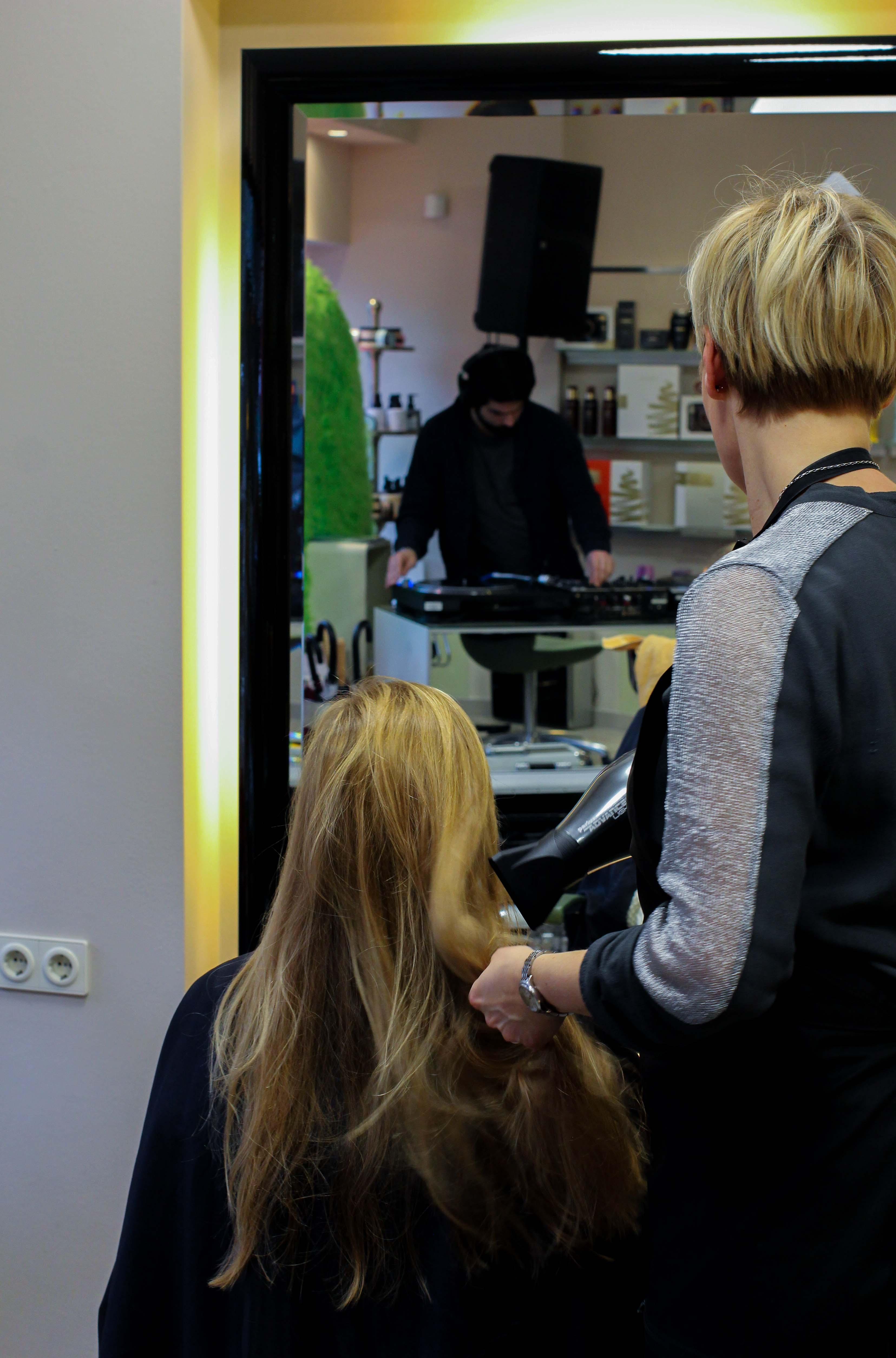 Pretty Beatz-Event Köln Modeblog Latebird Brow Waxing Augenbrauen färben Hair Styling föhnen Hauptsache W3