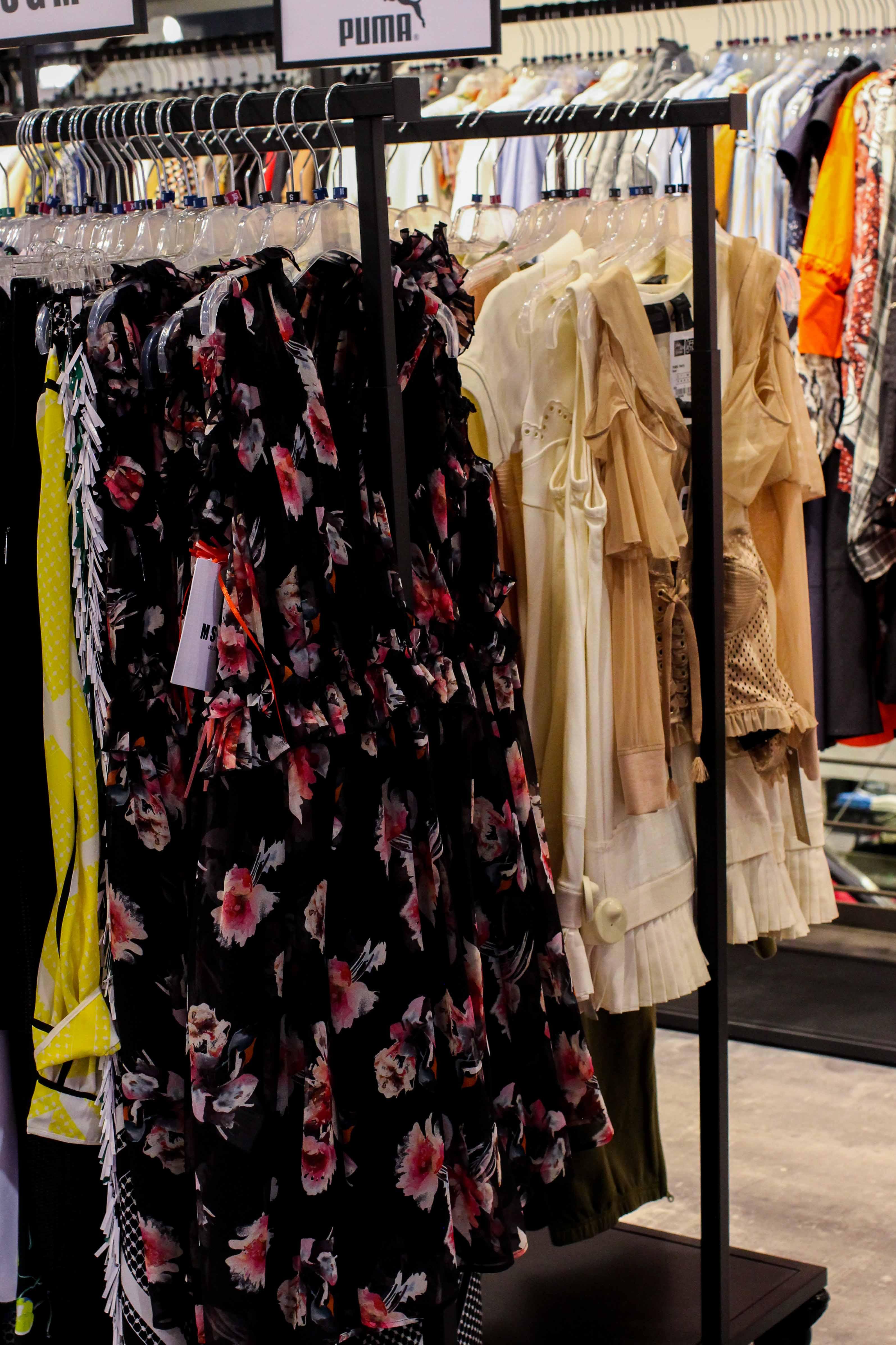 Sommerkleider Store Opening Saks OFF 5th Avenue Bonn Premium-Marken Outletpreis Designer Outlet Bonn Modeblog