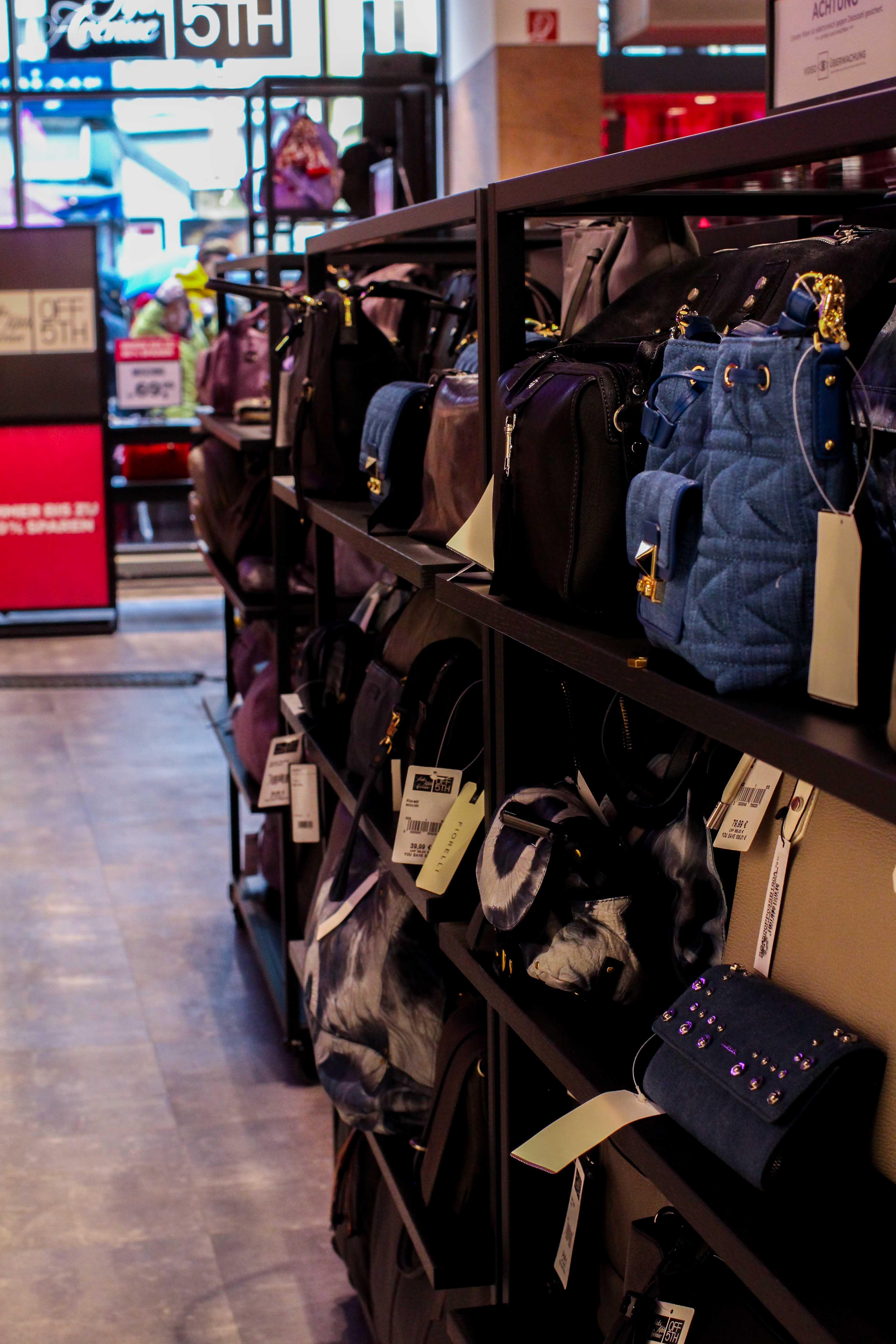 Store Opening Saks OFF 5th Avenue Bonn Premium-Marken Outletpreis Designer Outlet Bonn Modeblog Damentaschen