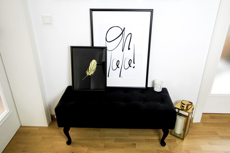 Interior Update Minimalistische Schwarz Weiß Fotografie Poster Posterlounge Einrichtung Oh la la Bild Schwarz Gold Felder titel