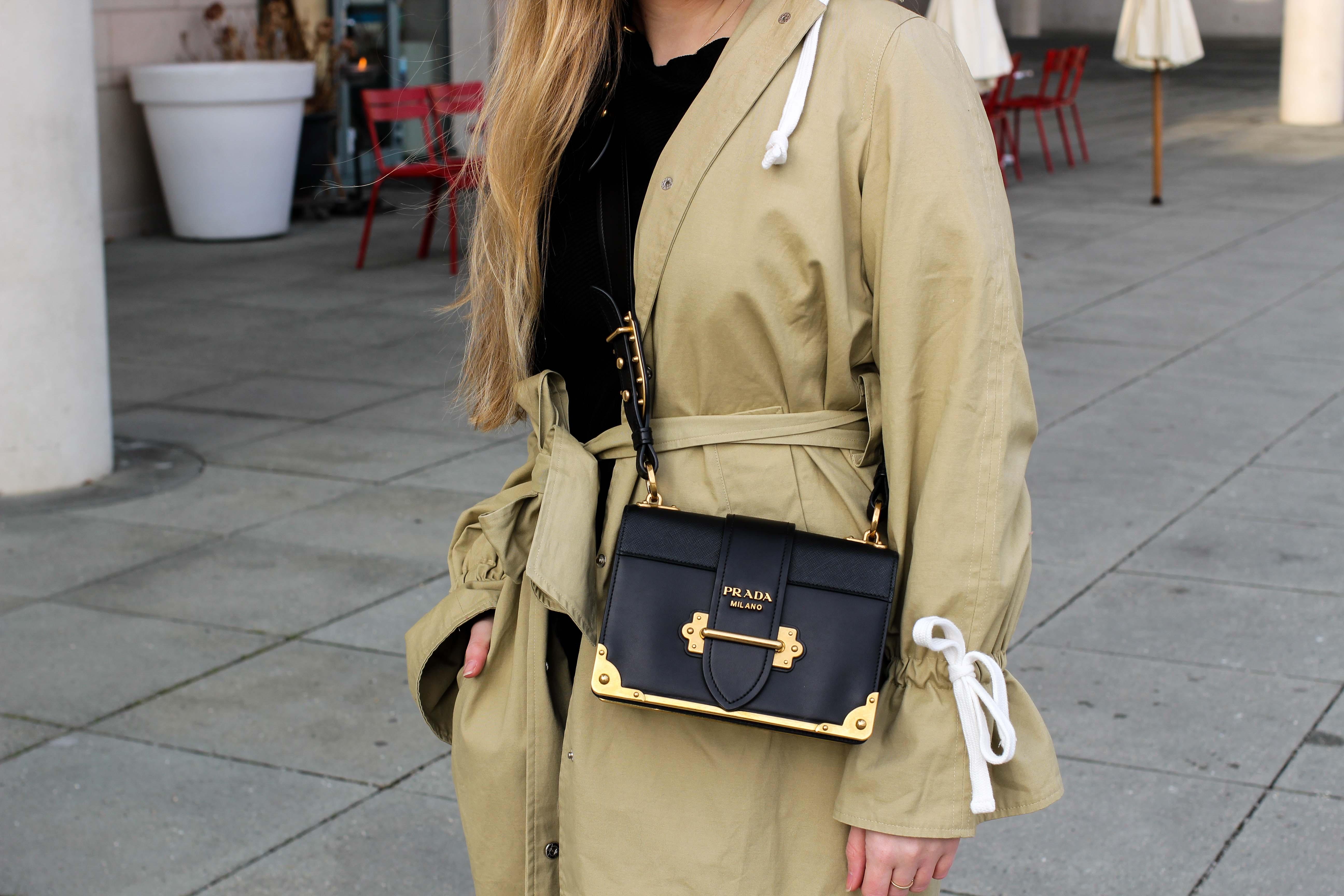 Trenchcoat Edited Marisa Prada Cahier bag Schnürboots Zara Modeblog Bonn Trenchcoat kombinieren Streetstyle 3