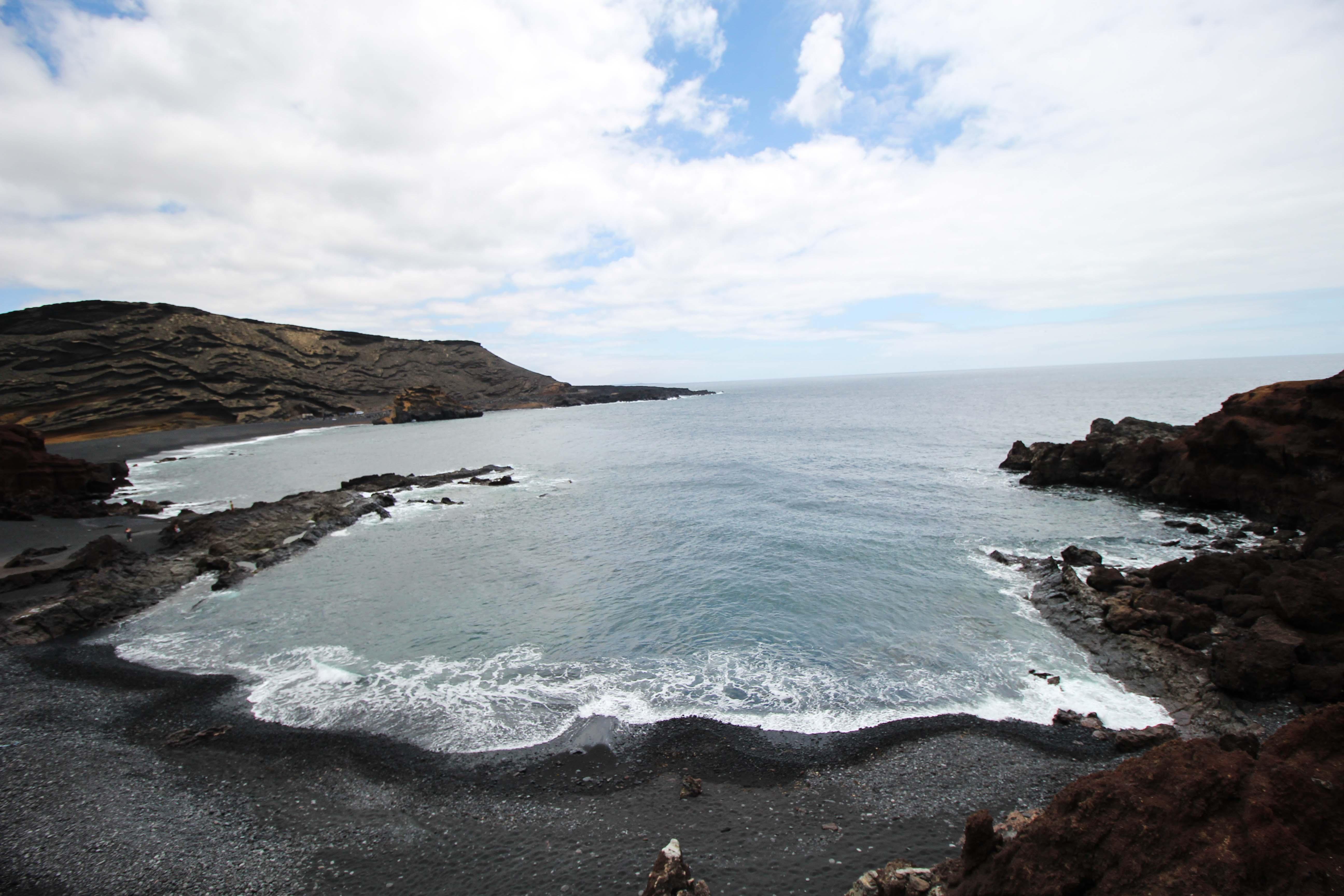 El Golfo schwarzer Strand Klippen Top 10 Tipps Lanzarote Sehenswürdigkeiten Insider Tipps Lanzarote Spanien