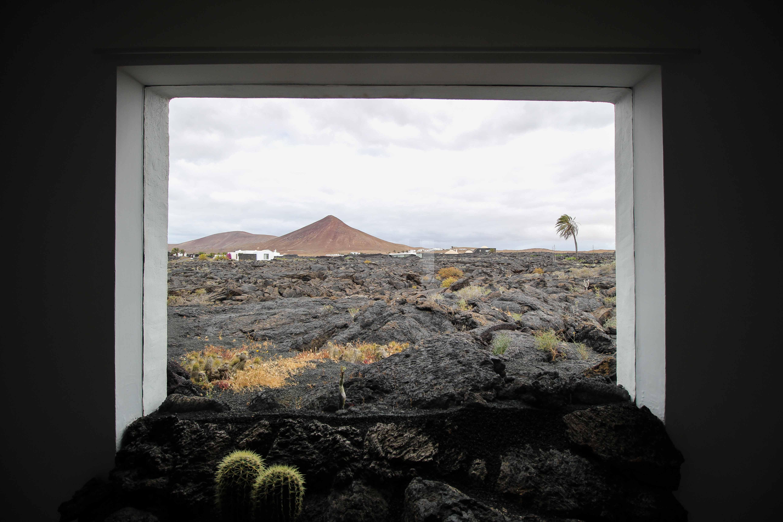 Top 10 Tipps Lanzarote Sehenswürdigkeiten Insider Tipps Lanzarote Spanien Fundación César Manrique Ausblick Vulkan Reiseblog