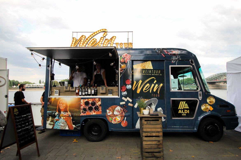 Aldi Süd Wein Tour Weinprobe Wein Truck Rheinuferfest Köln Stadtfest 3-2