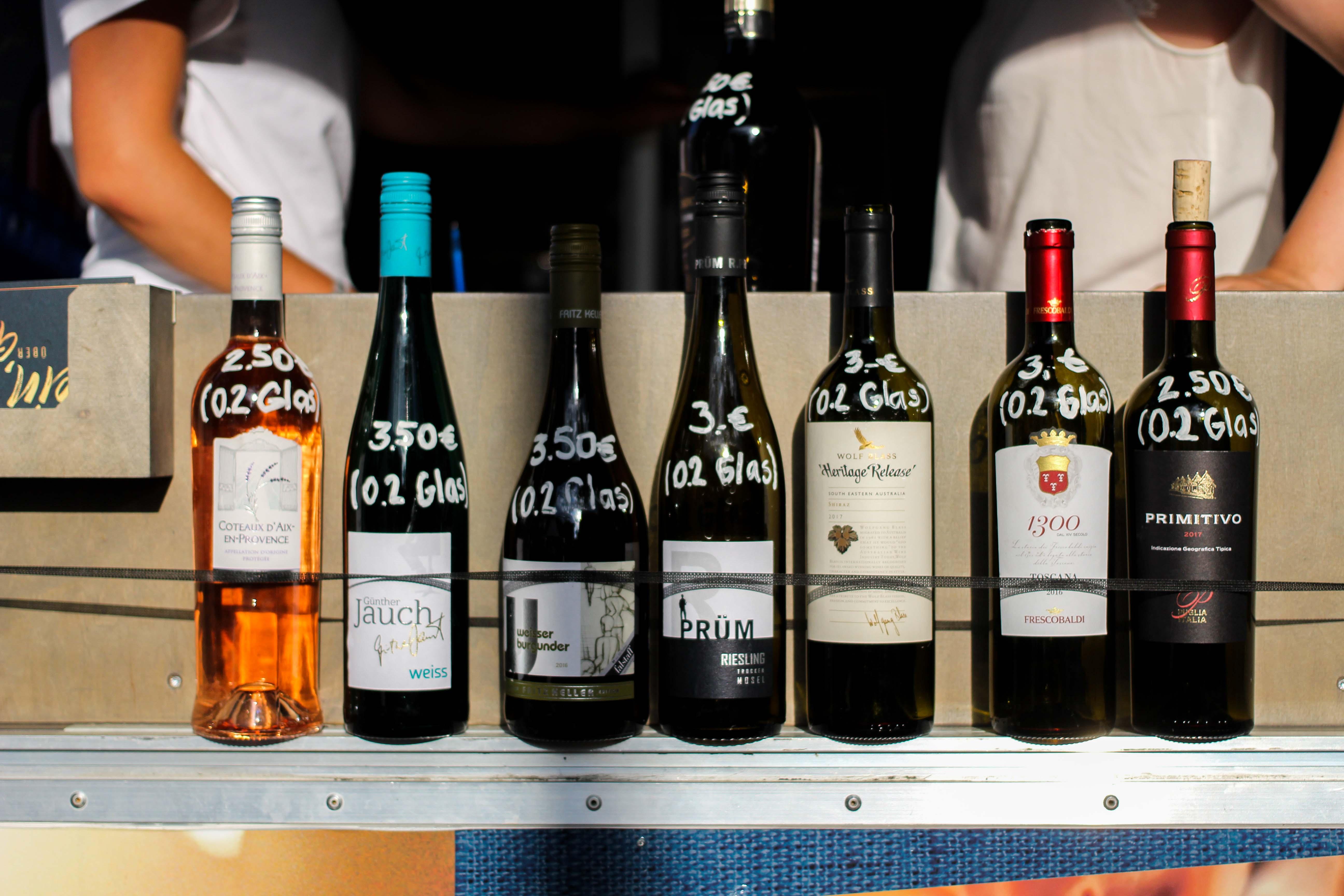 Aldi Süd Wein Tour Weinprobe Wein Truck Rheinuferfest Köln Weißwein Rosewein Rotwein alle Weinsorten