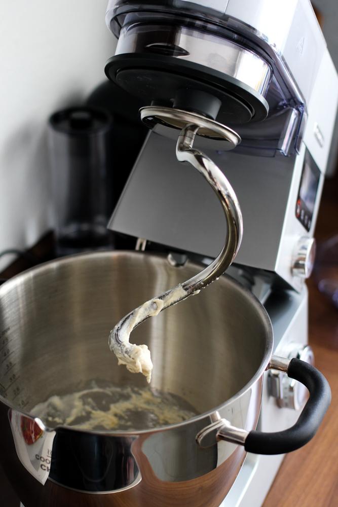 Amazon Kenwood Cooking Chef Gourmet KCC9060S Küchenmaschine Knethaken aus Edelstahl Rezept Teig Erfahrungsbericht Test 2018