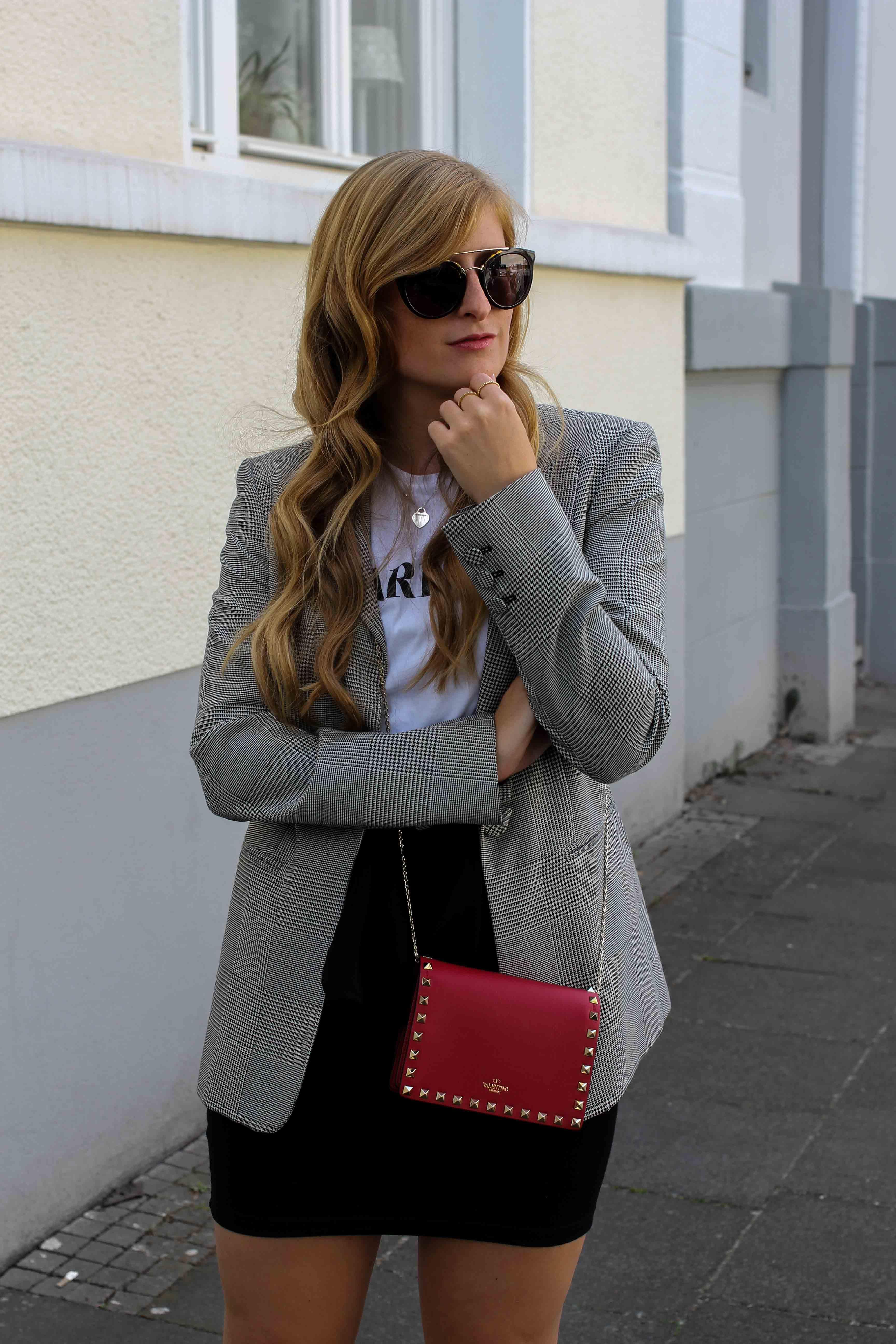 Casual Business Look Karo Blazer Zara Statement Shirt Darlin Nakd Modeblogger Bonn Valentino Tasche Rot 2