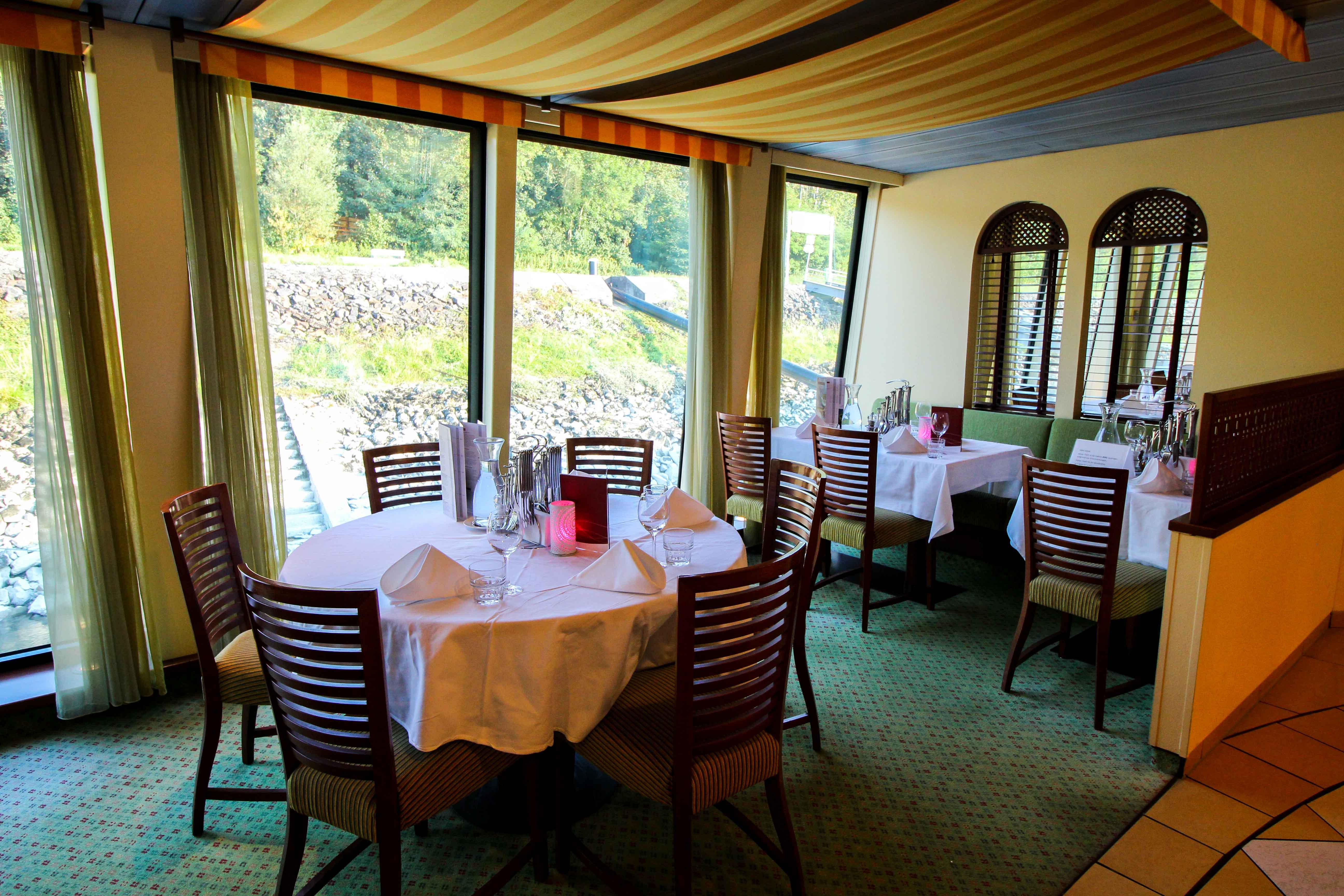 Donaukreuzfahrt A-Rosa Bella Restaurant Flusskreuzfahrt Flusskreuzfahrtschiff 7 Tage Donau Klassik Tour Arosa Reiseblogger