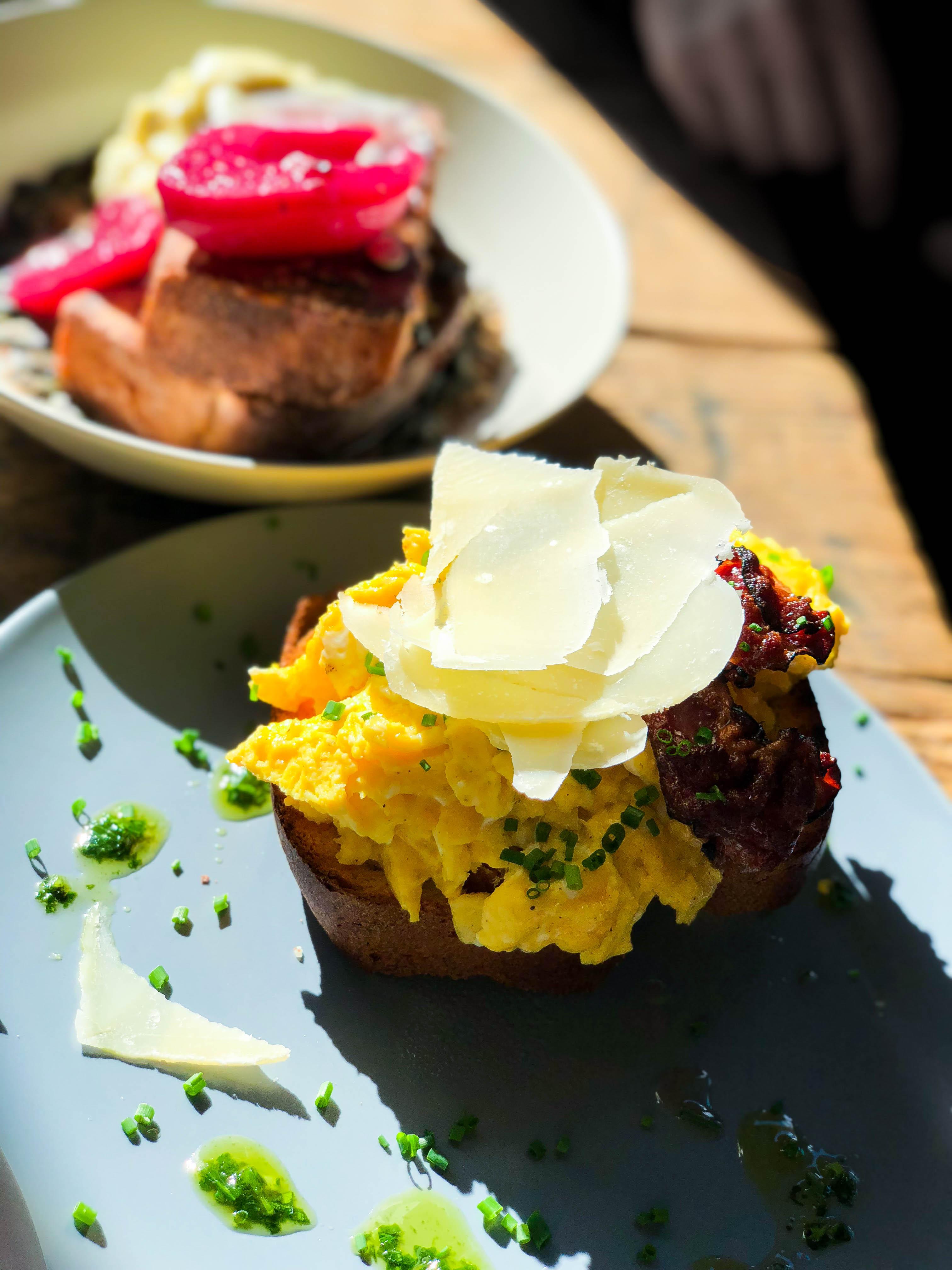 Cafe Letka Frühstück Restaurant Insider Tipps Prag Food Tipps besten Restaurants brunchen Reiseblog Eieromlette