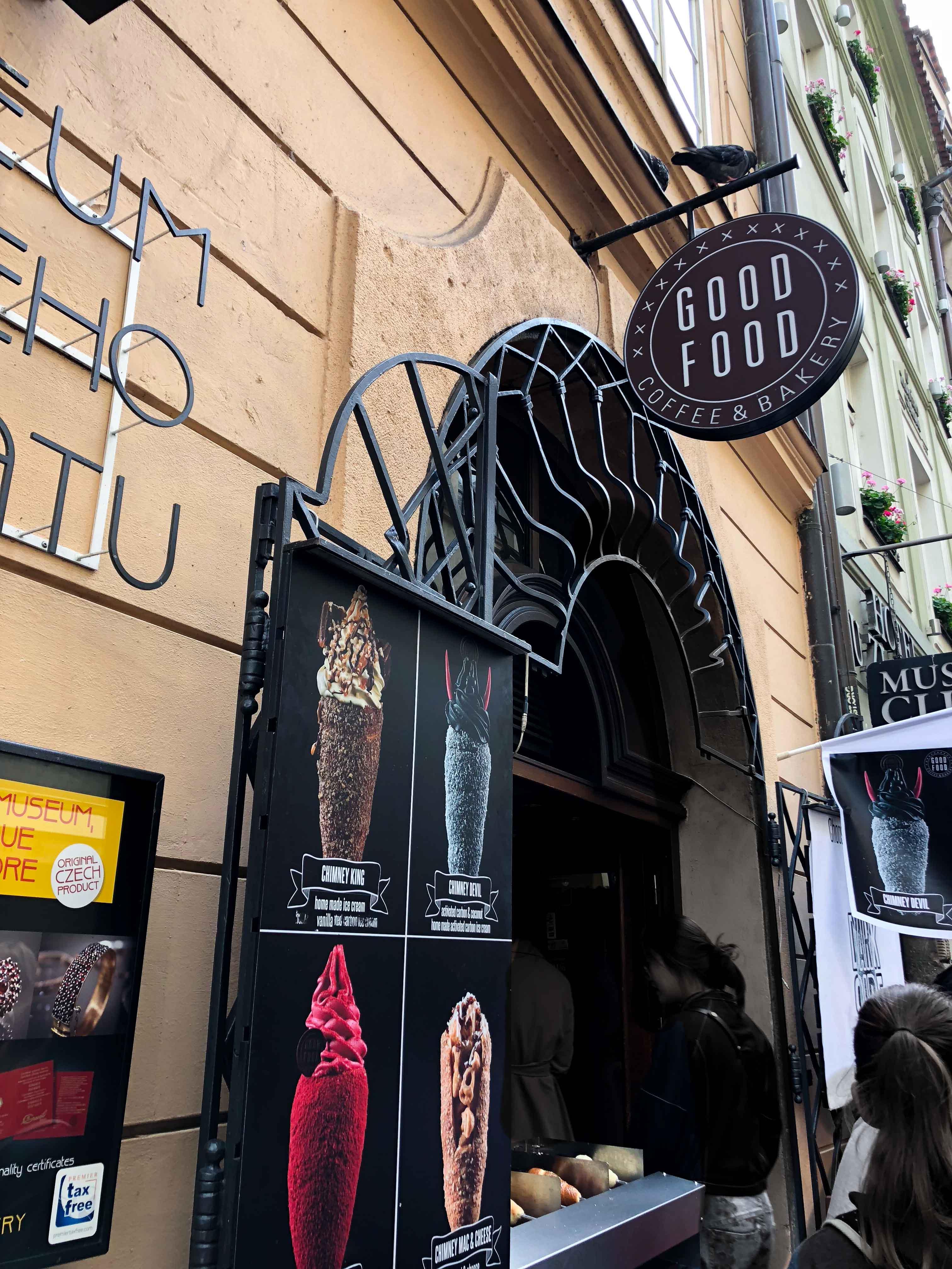 Good Food Coffee Bakery Restaurant Insider Tipps Prag Food Tipps besten Restaurants Tredlnik Bamstriezel Reiseblog