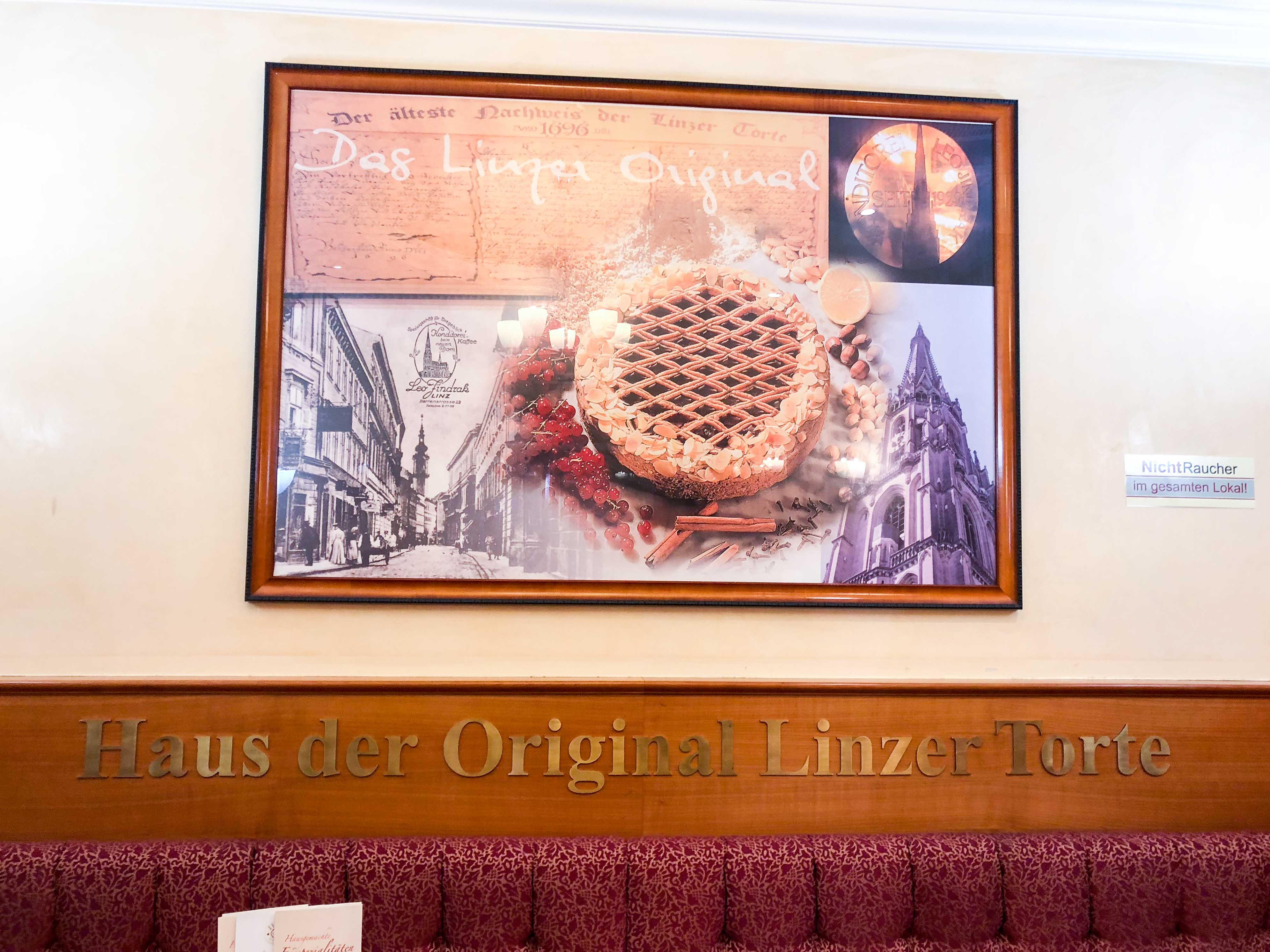 Linz Österreich Insider Tipps original Linzer Torte Konditorei Jindrak Donaukreuzfahrt Arosa Reiseblog 2