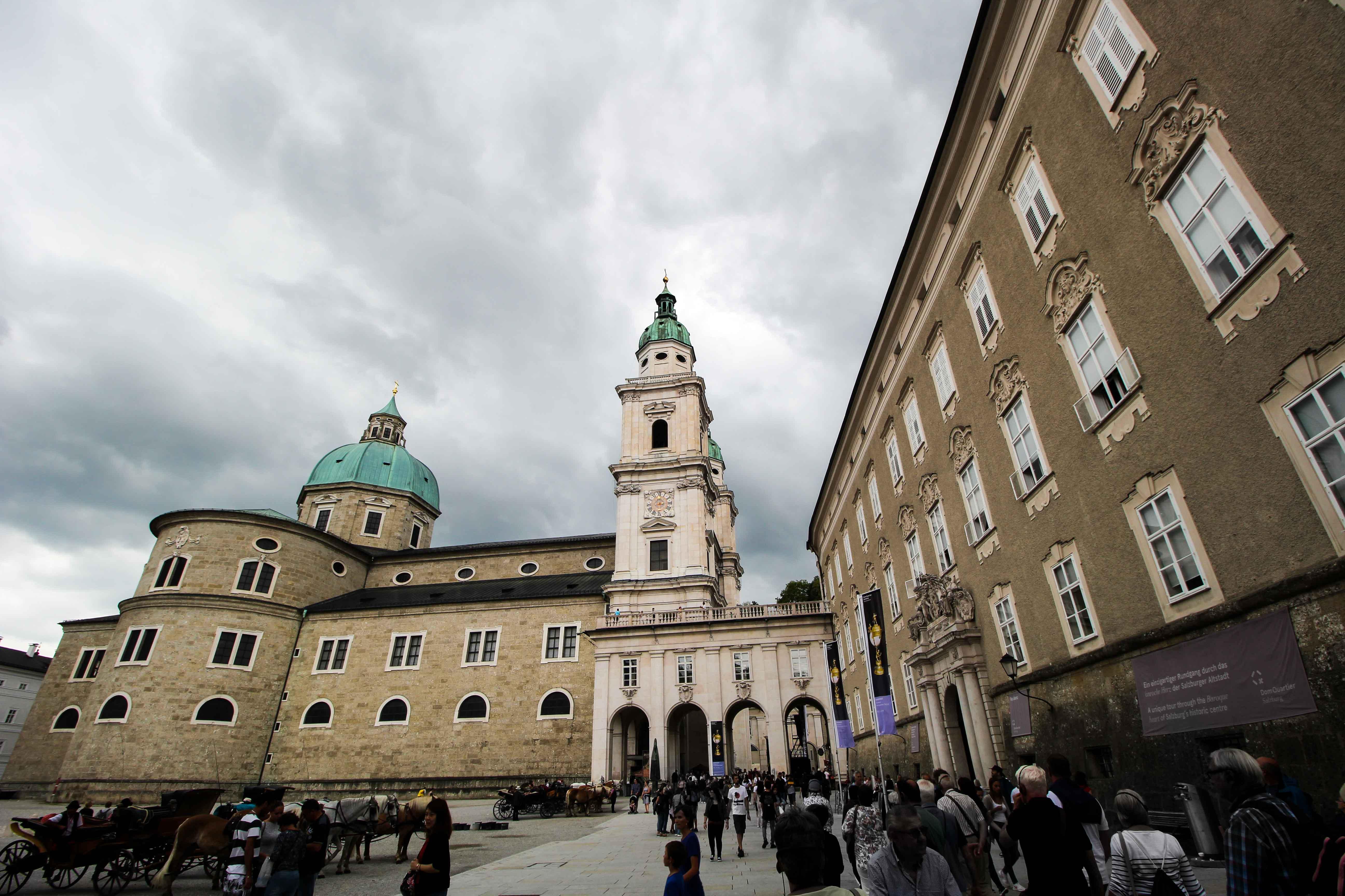 Salzburger Dom Salzburg Österreich Insider Tipps Sehenswürdigkeiten Donaukreuzfahrt Arosa Reiseblog 2