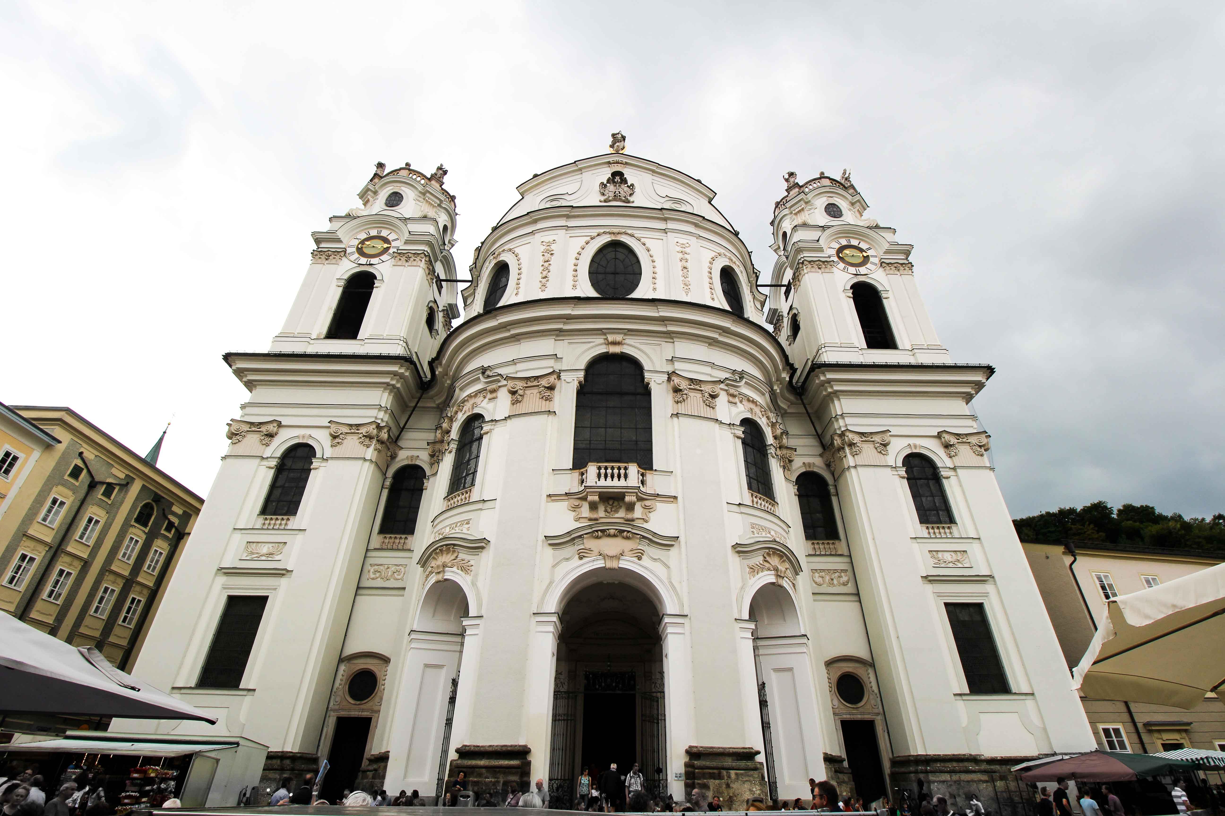 Salzburger Dom Salzburg Österreich Insider Tipps Sehenswürdigkeiten Donaukreuzfahrt Arosa Reiseblog