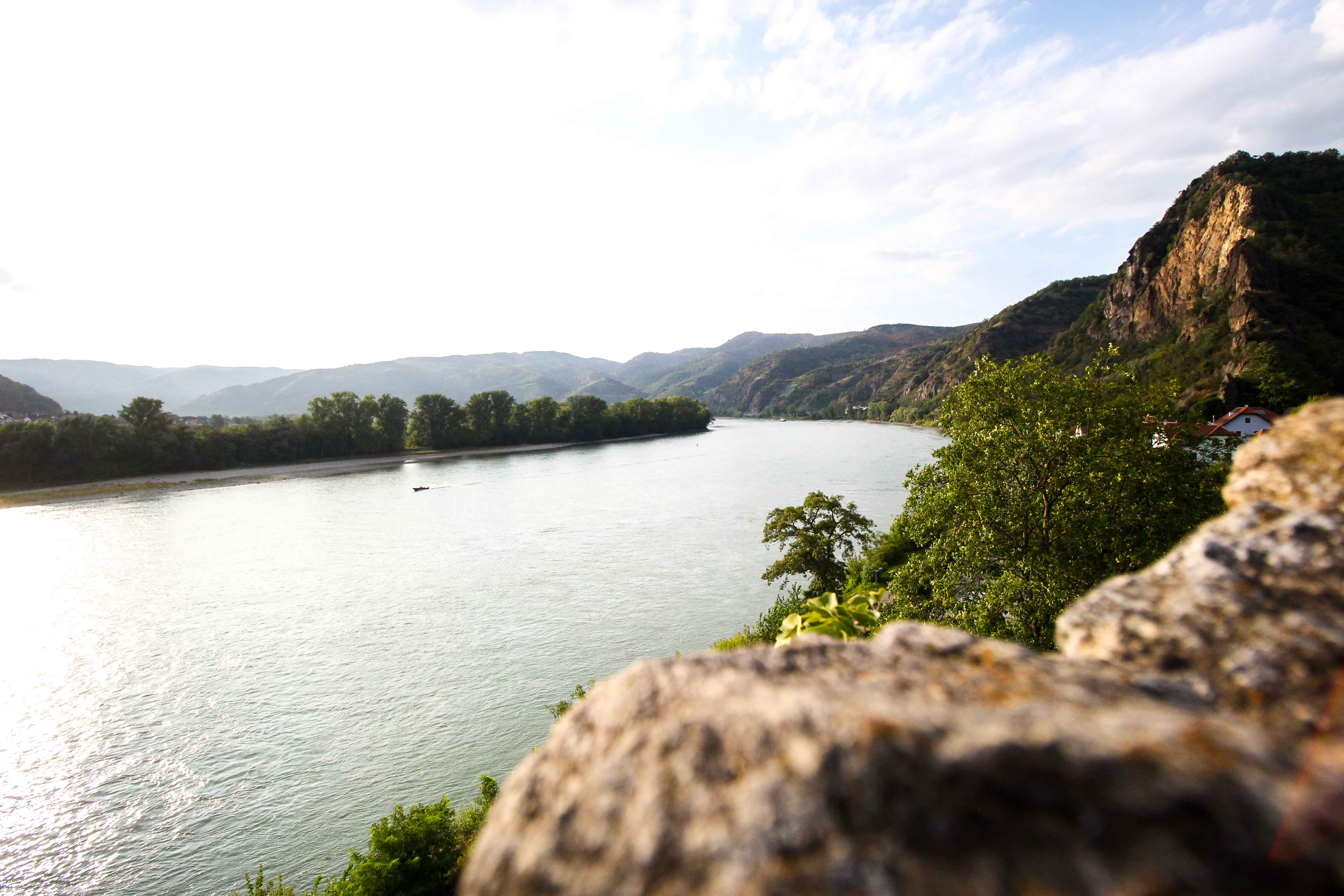 Wachau Österreich Dürnstein Weinregion Insider Tipps Sehenswürdigkeiten Straßen Donaukreuzfahrt Arosa Aussicht Donau
