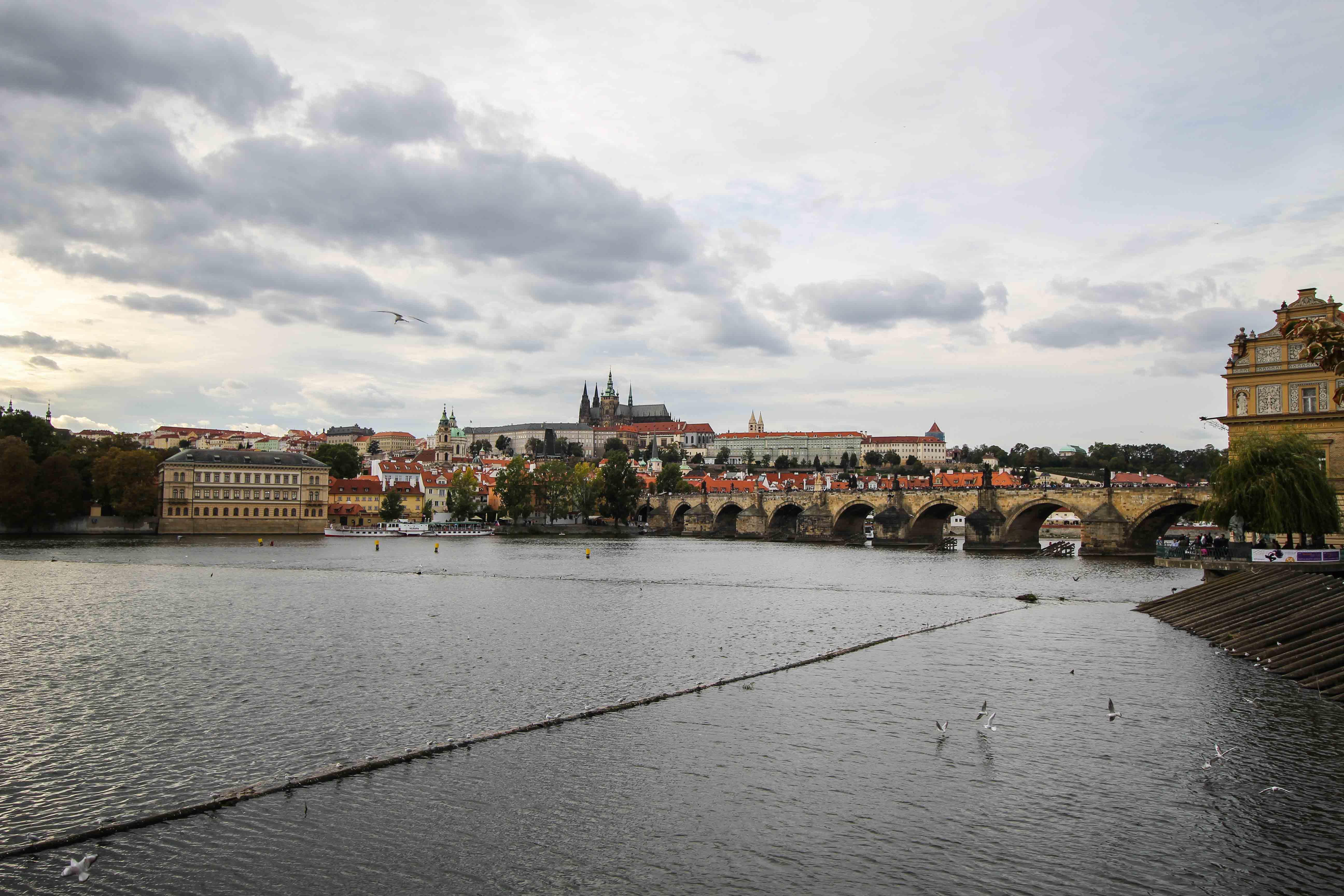 Top 10 Tipps Kurztrip Prag Blick Moldau Sehenswürdigkeiten Prag Insidertipps Reiseblog.